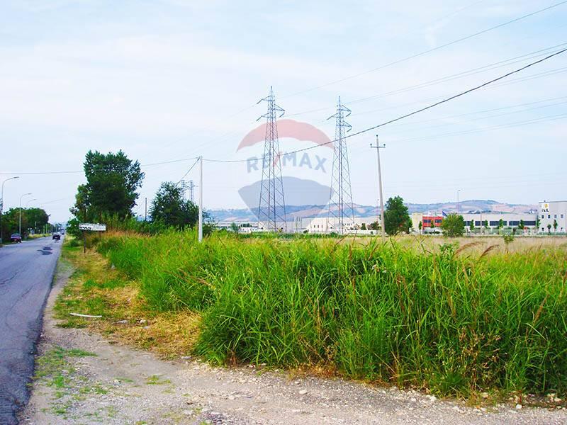 Terreno Edificabile Residenziale in vendita a Atessa, 9999 locali, zona Zona: Piazzano, prezzo € 285.000   CambioCasa.it