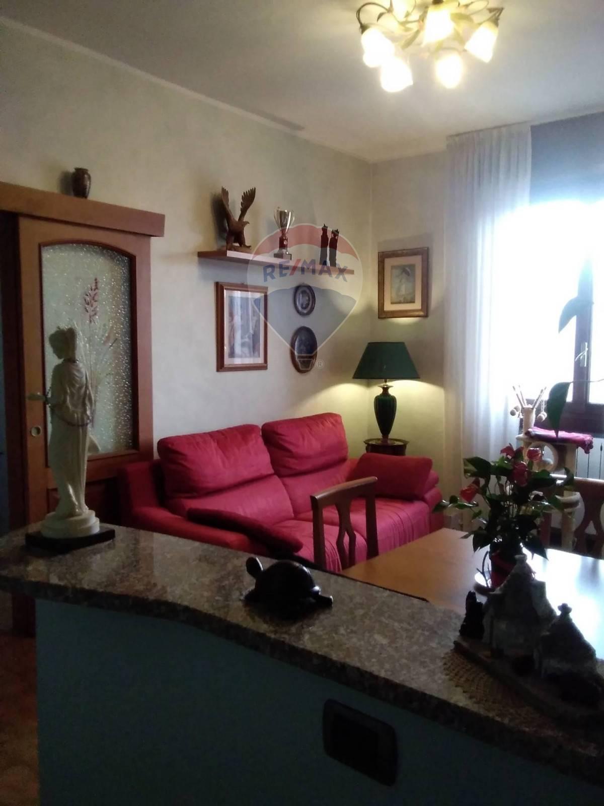 Appartamento in vendita a Arconate, 3 locali, prezzo € 56.000   CambioCasa.it