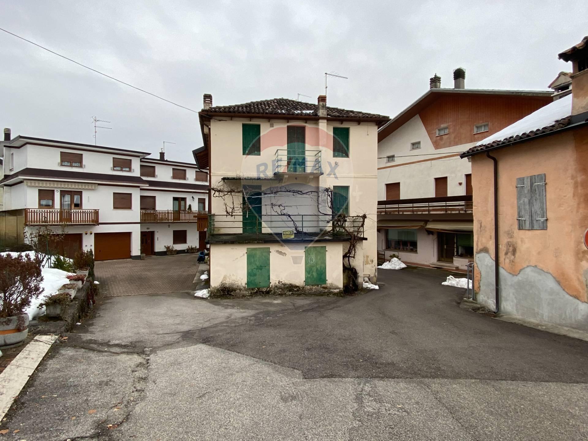 Soluzione Indipendente in vendita a Sospirolo, 9 locali, zona Zona: Maras, prezzo € 60.000 | CambioCasa.it