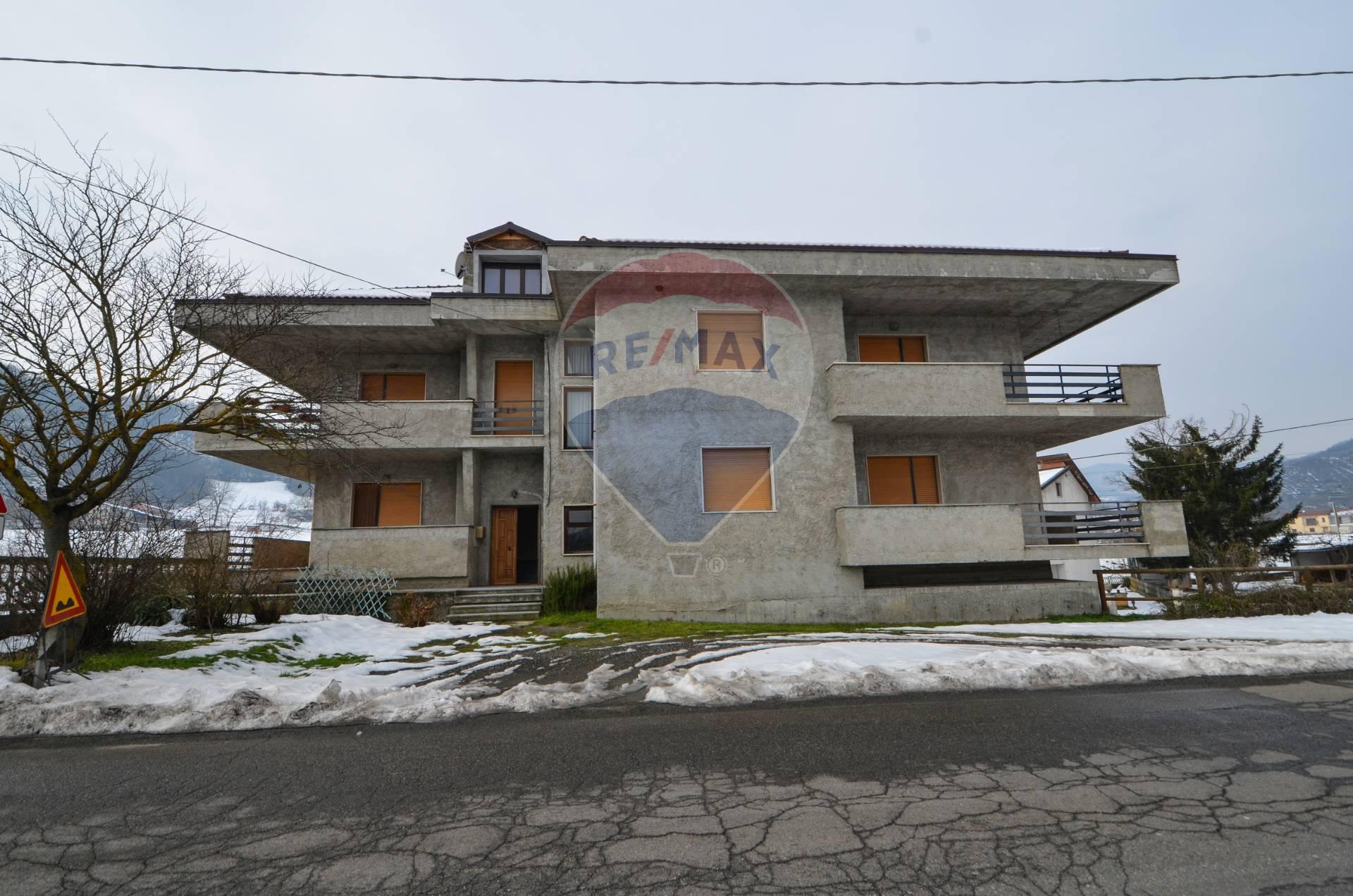 Appartamento in vendita a Merana, 6 locali, prezzo € 43.000   CambioCasa.it