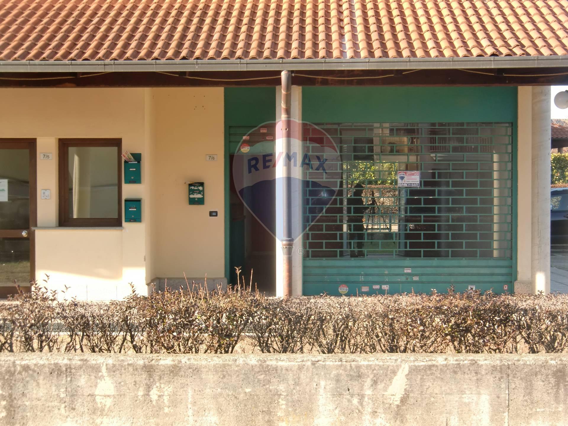Negozio / Locale in affitto a Bruino, 9999 locali, prezzo € 600   CambioCasa.it