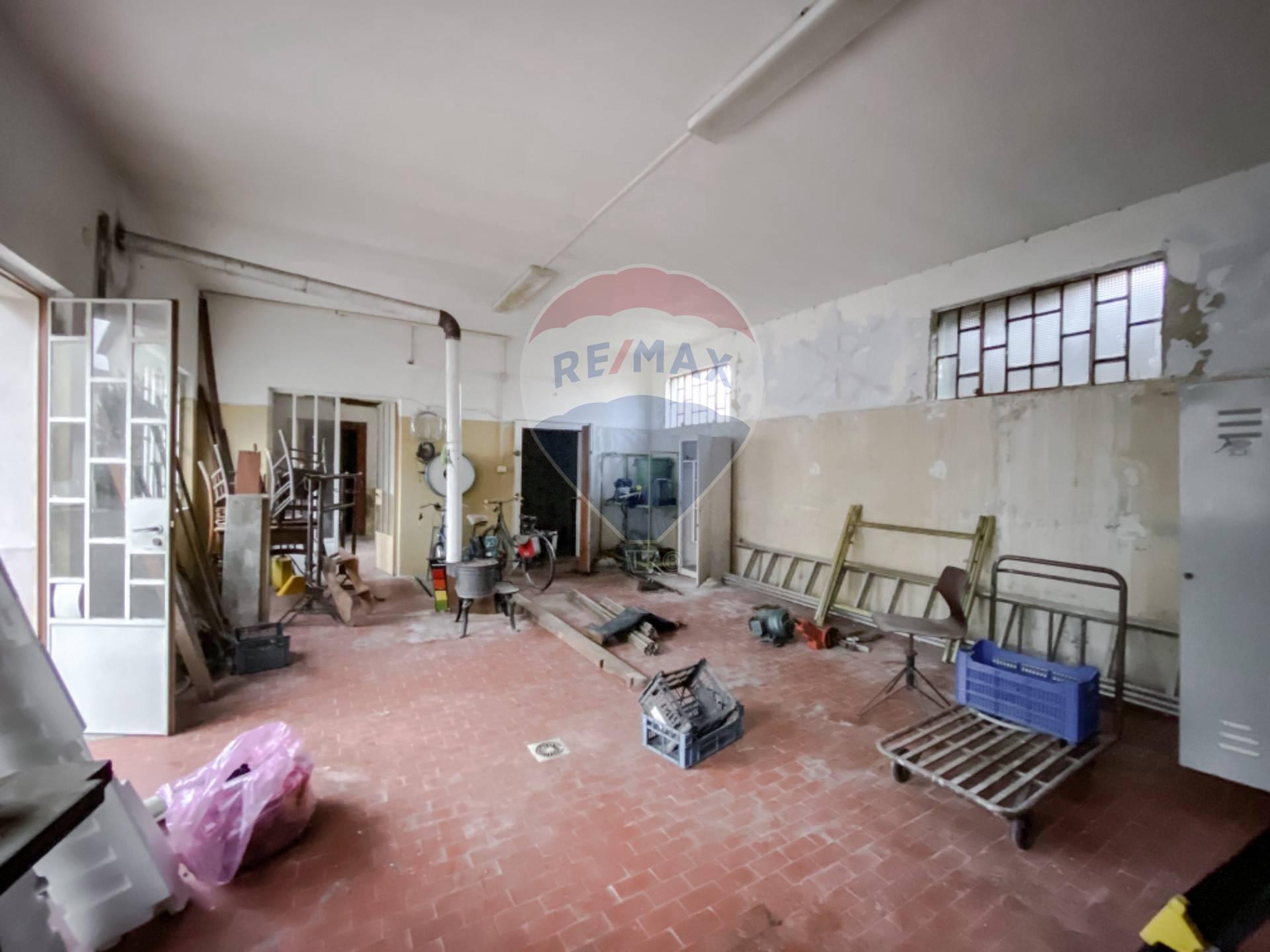 Laboratorio in vendita a Vercelli, 9999 locali, prezzo € 39.000 | CambioCasa.it