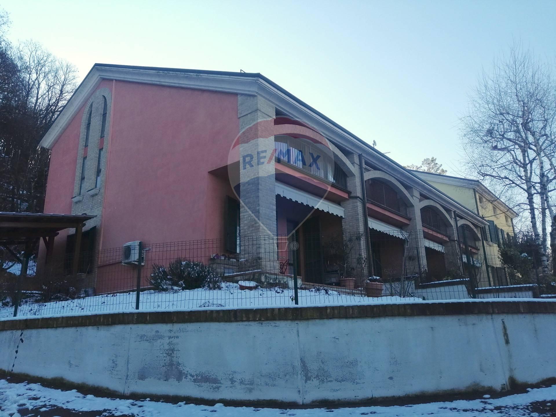 Appartamento in vendita a Collecchio, 4 locali, prezzo € 169.000 | CambioCasa.it