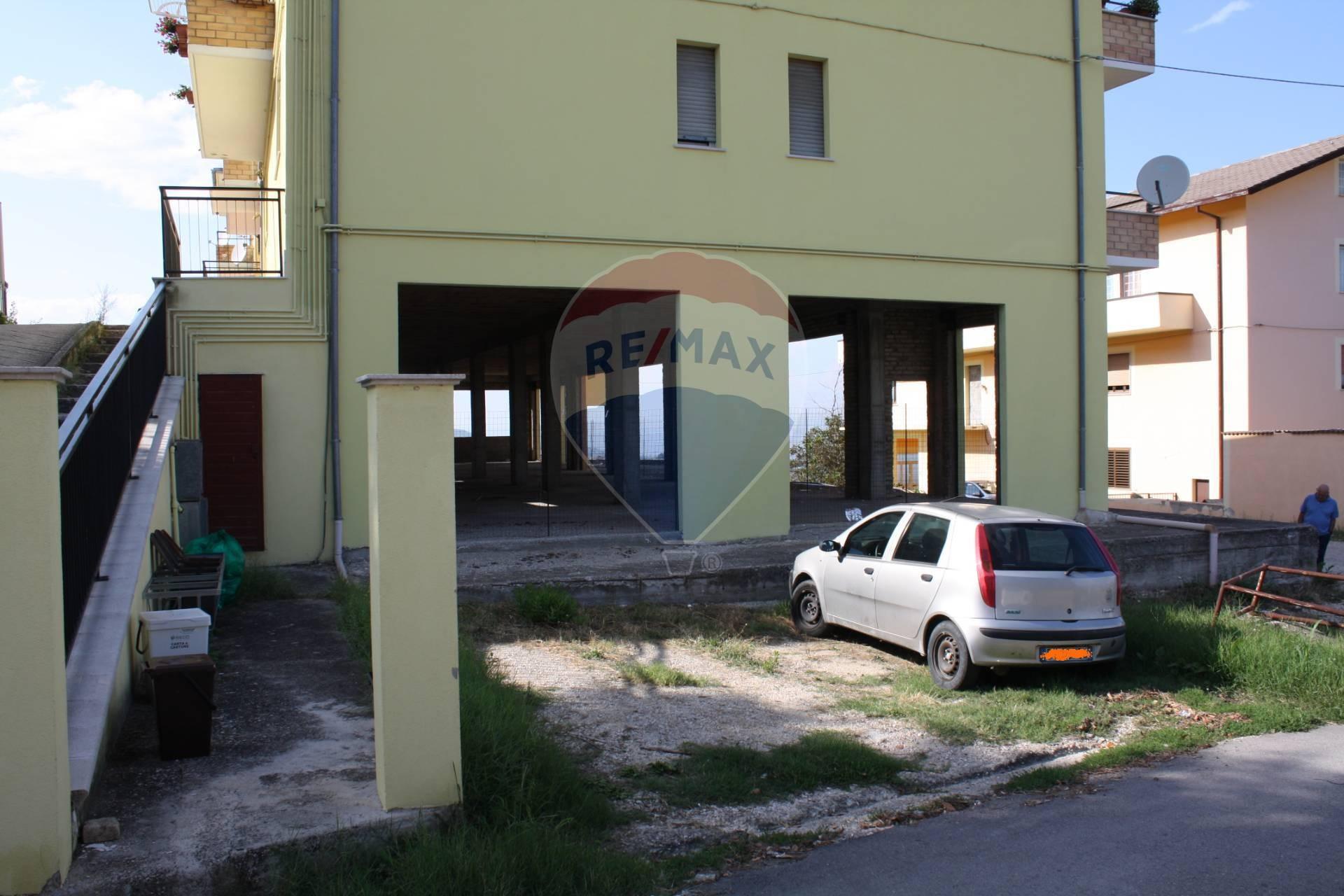 Appartamento in vendita a Atessa, 5 locali, prezzo € 98.000 | CambioCasa.it