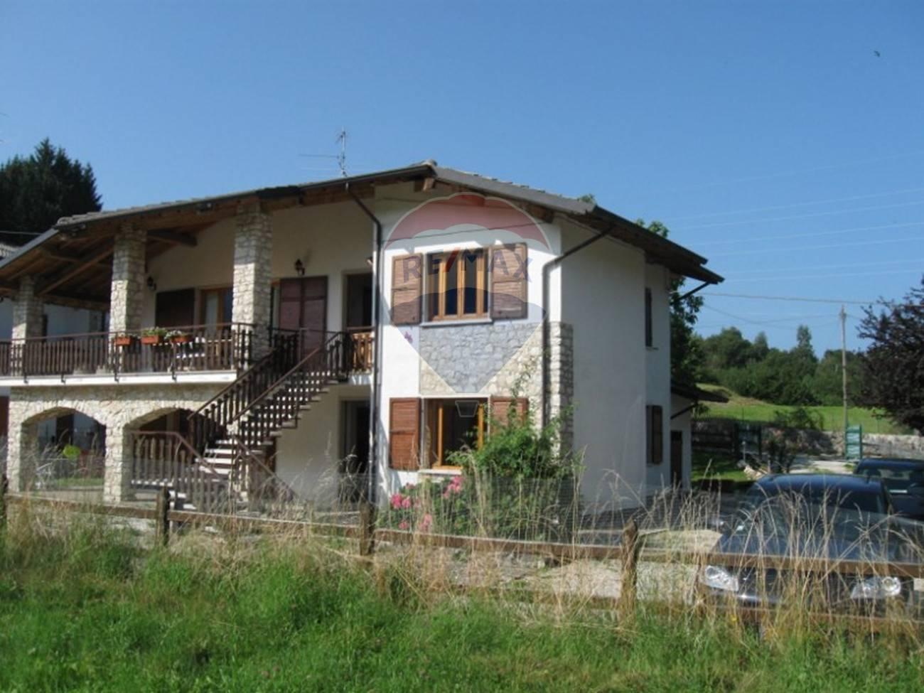 Appartamento in affitto a San Zeno di Montagna, 3 locali, prezzo € 1.000   CambioCasa.it