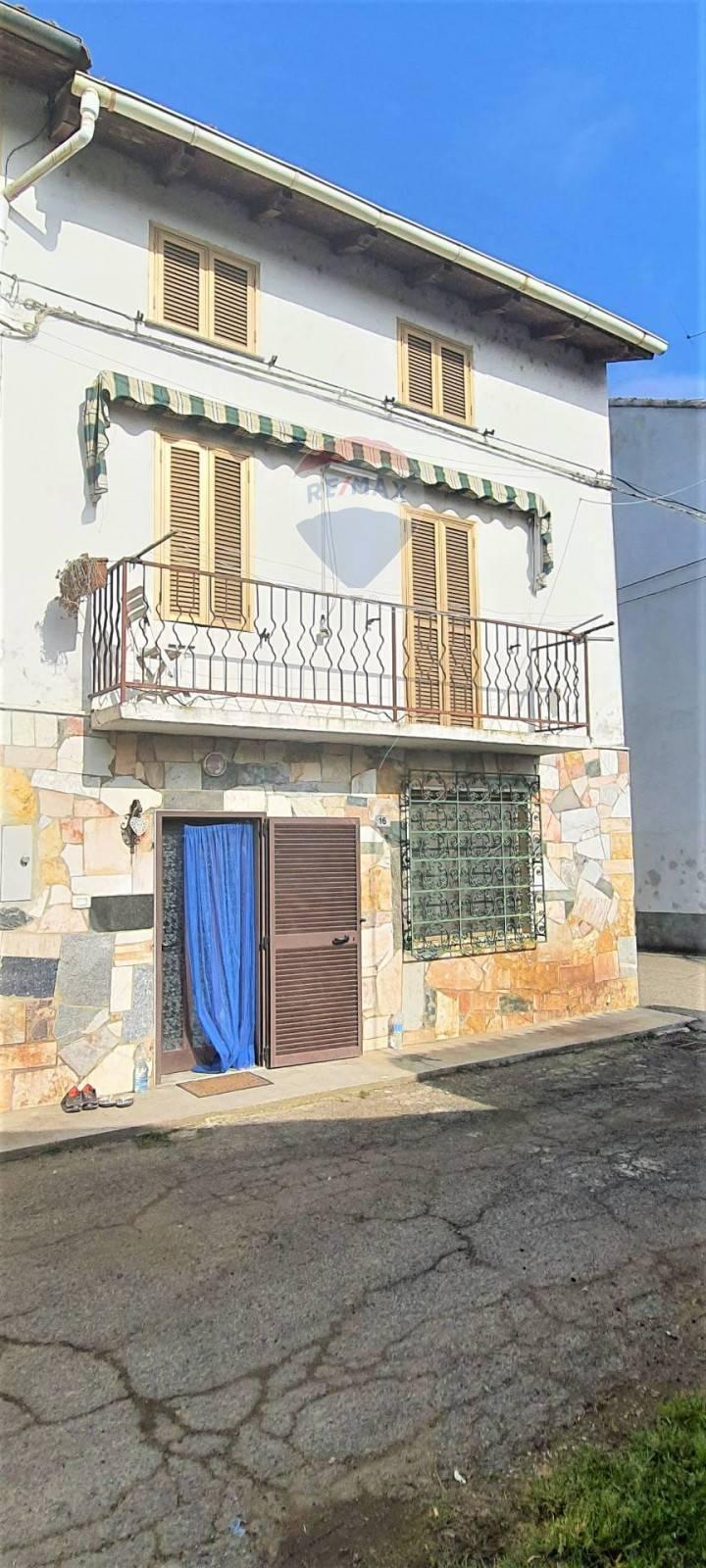 Soluzione Semindipendente in vendita a Morano sul Po, 3 locali, zona Località: DueSture, prezzo € 45.000 | CambioCasa.it