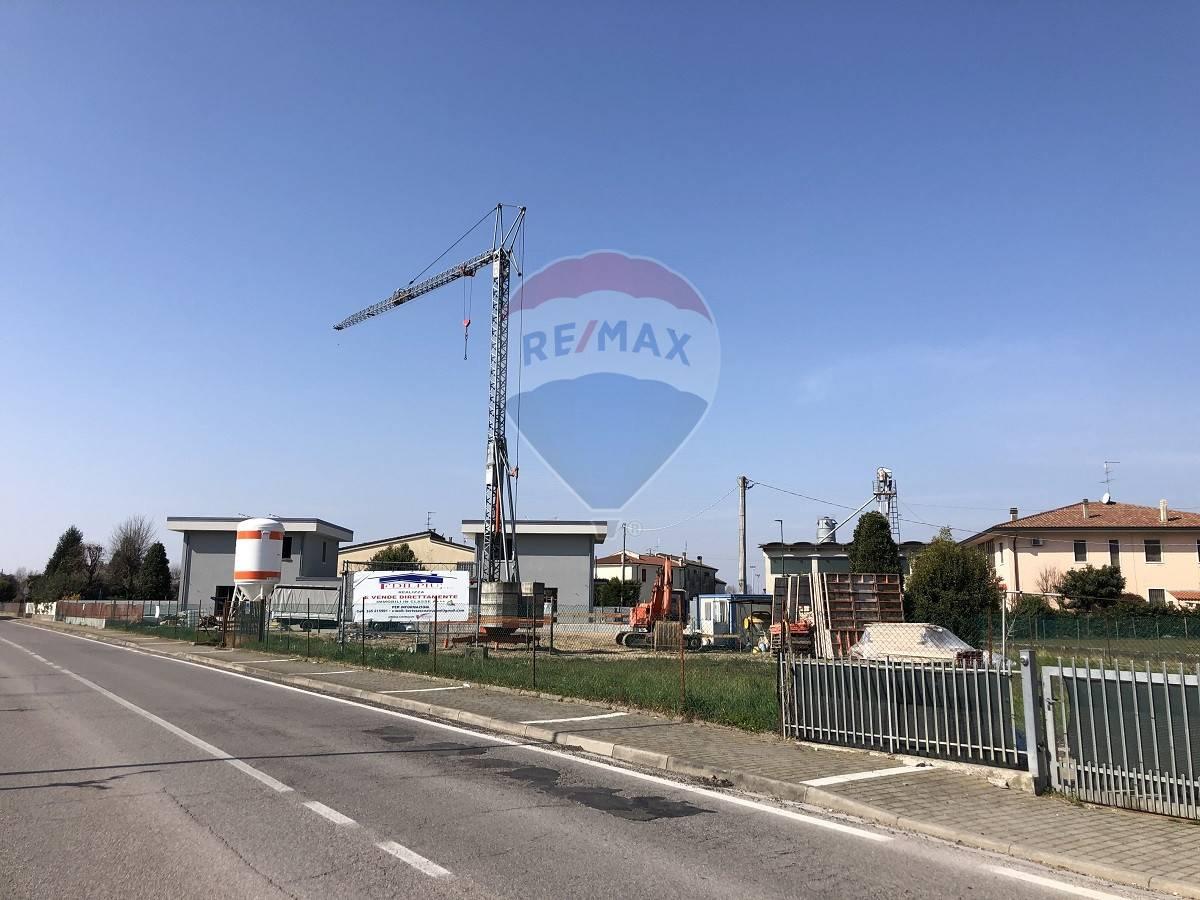 Appartamento in vendita a Isola Rizza, 3 locali, prezzo € 155.000 | CambioCasa.it