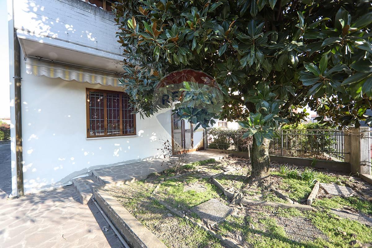 Villa Bifamiliare in vendita a Nogara, 6 locali, prezzo € 159.000 | CambioCasa.it