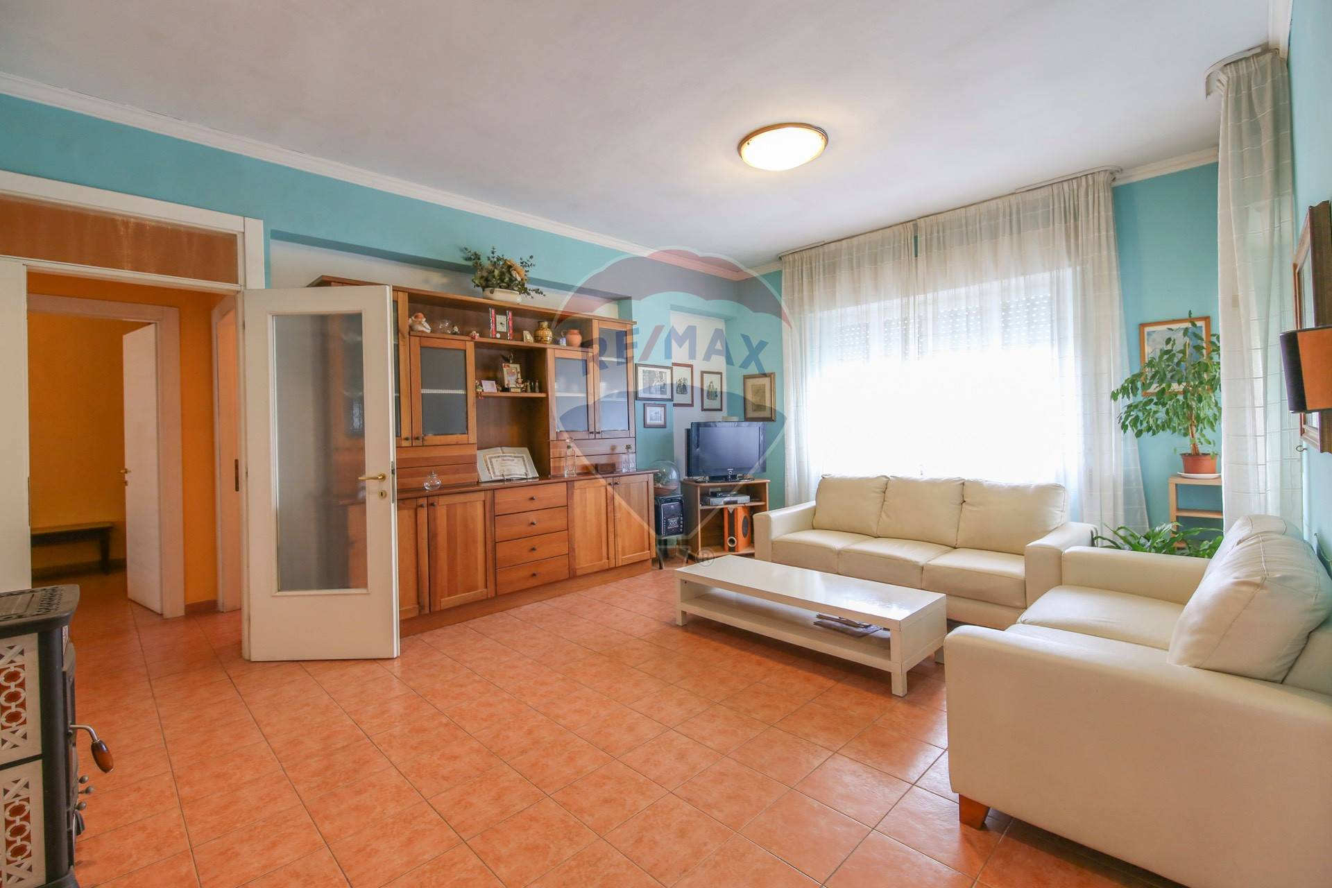 Appartamento in vendita a Loreto, 4 locali, prezzo € 72.000 | CambioCasa.it