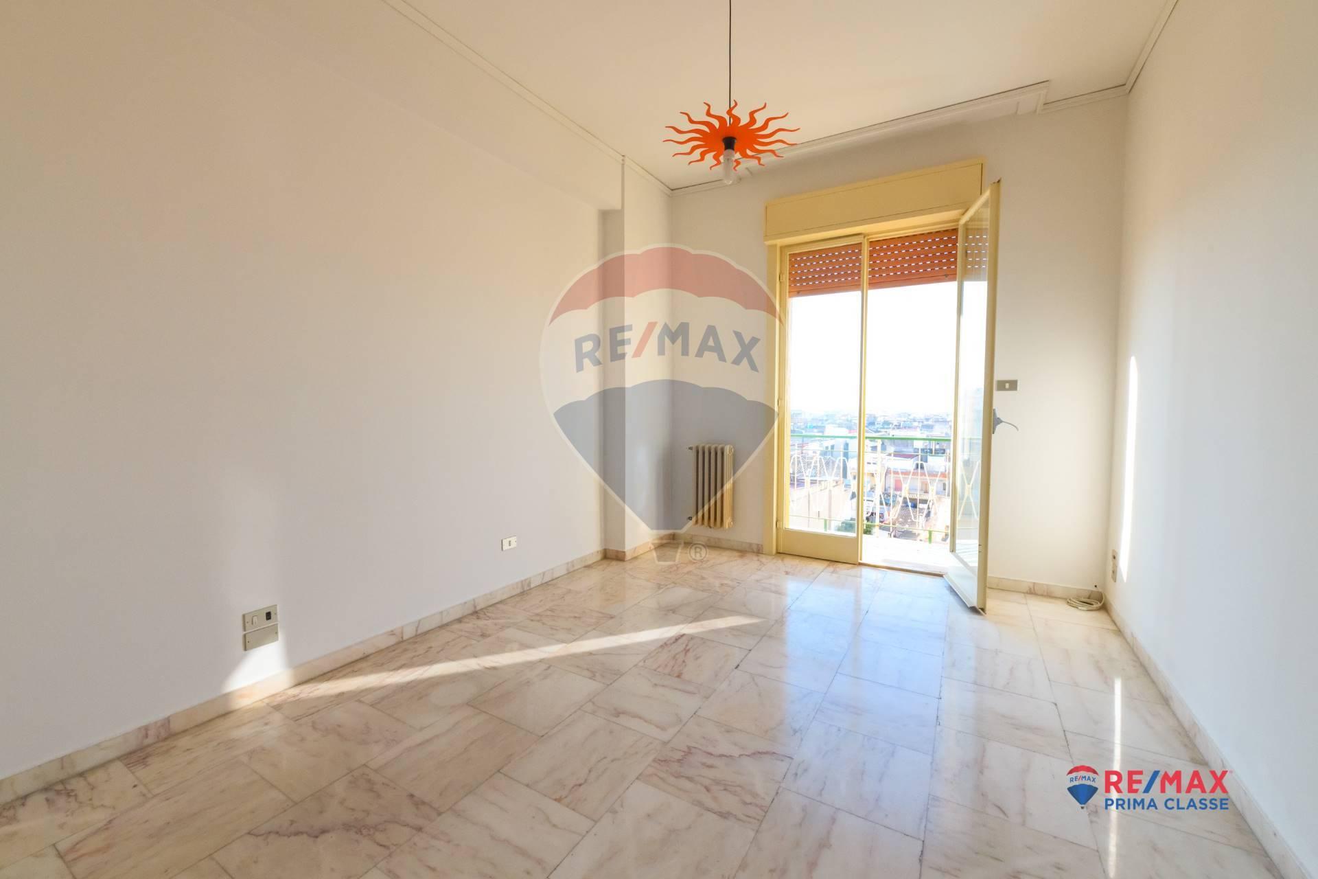 Appartamento in vendita a Vittoria, 8 locali, prezzo € 68.000 | CambioCasa.it