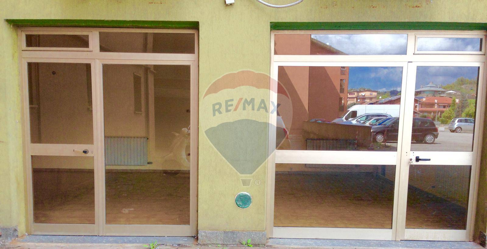 Negozio / Locale in vendita a Cairo Montenotte, 9999 locali, prezzo € 25.000   CambioCasa.it