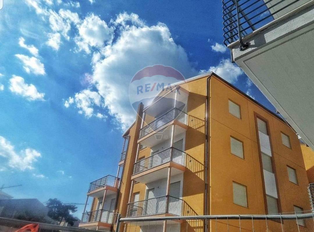 Appartamento in vendita a L'Aquila, 3 locali, zona Località: Centrostorico, prezzo € 239.000 | PortaleAgenzieImmobiliari.it