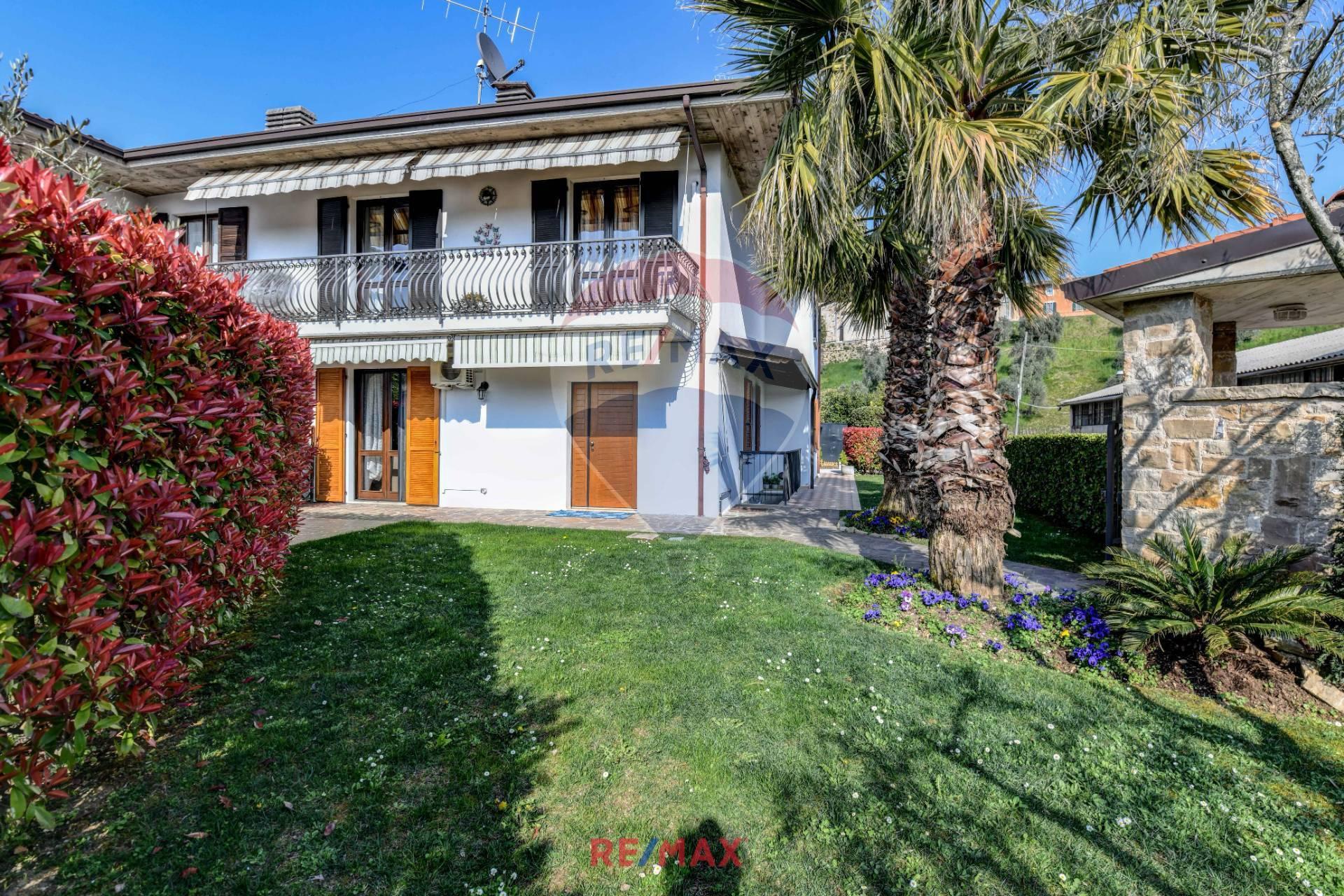 Appartamento in vendita a Puegnago sul Garda, 5 locali, zona a, prezzo € 319.000 | PortaleAgenzieImmobiliari.it