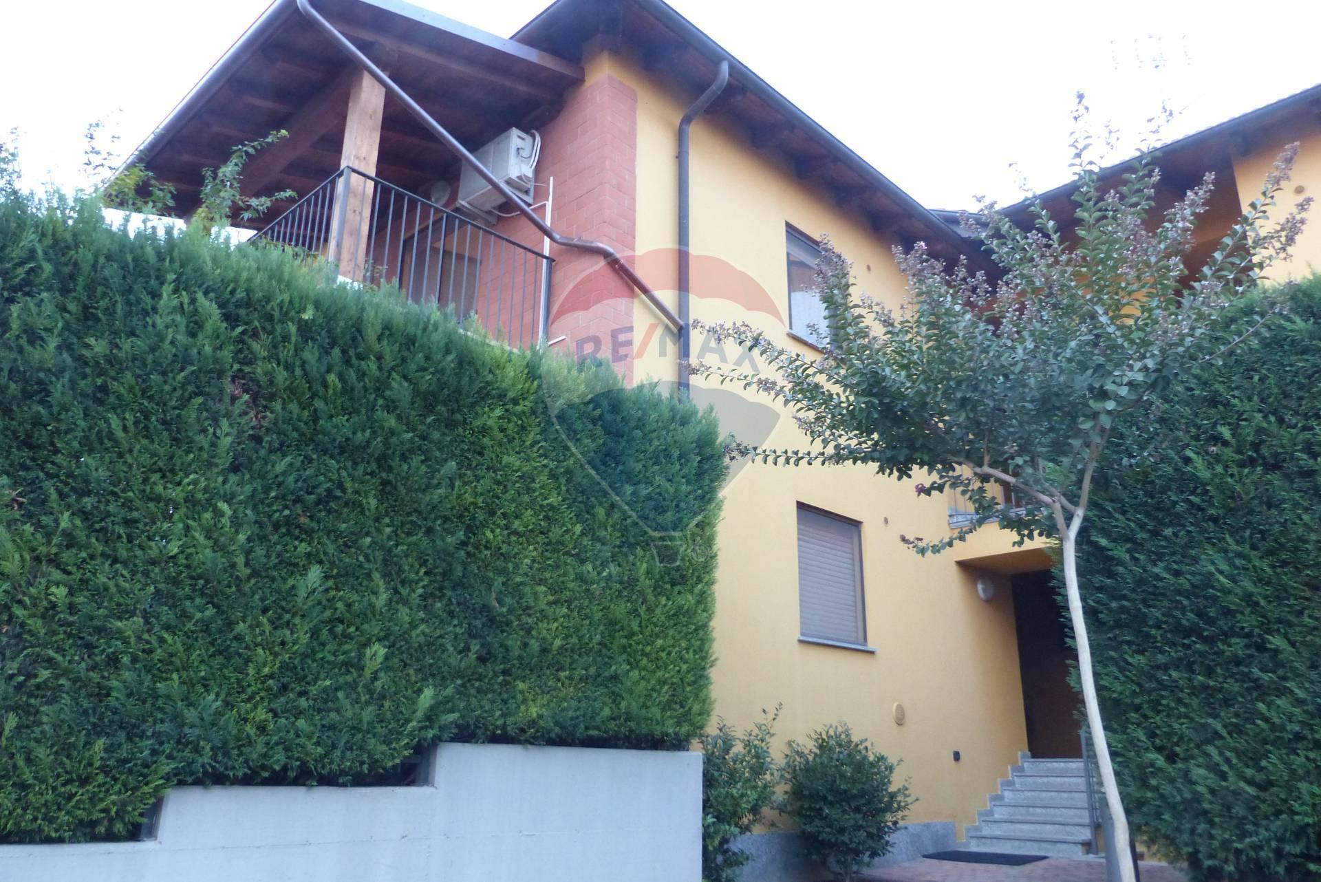 Appartamento in affitto a Vercelli, 2 locali, zona Zona: Periferia, prezzo € 450 | CambioCasa.it