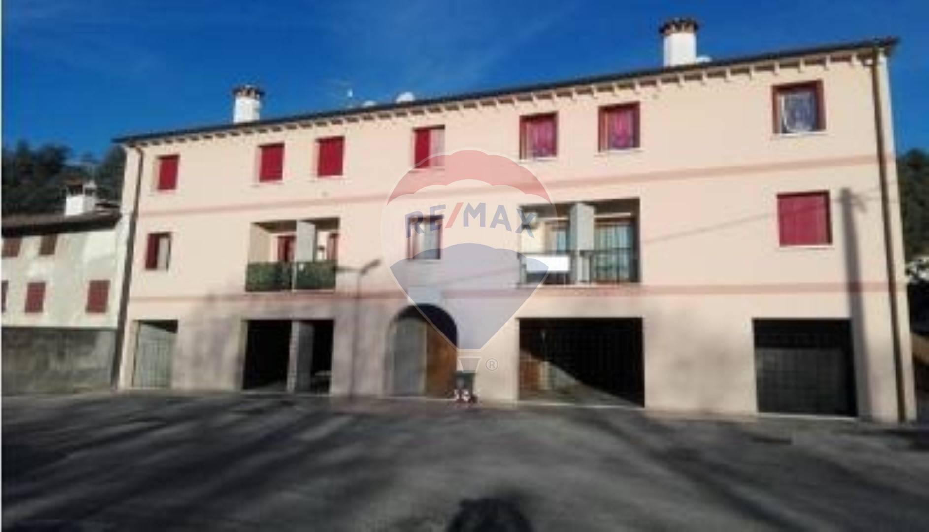 Negozio / Locale in vendita a Cavaso del Tomba, 9999 locali, prezzo € 550.000 | CambioCasa.it