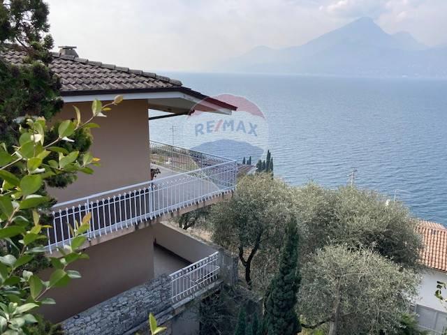 Villa in vendita a Brenzone, 10 locali, prezzo € 800.000 | CambioCasa.it