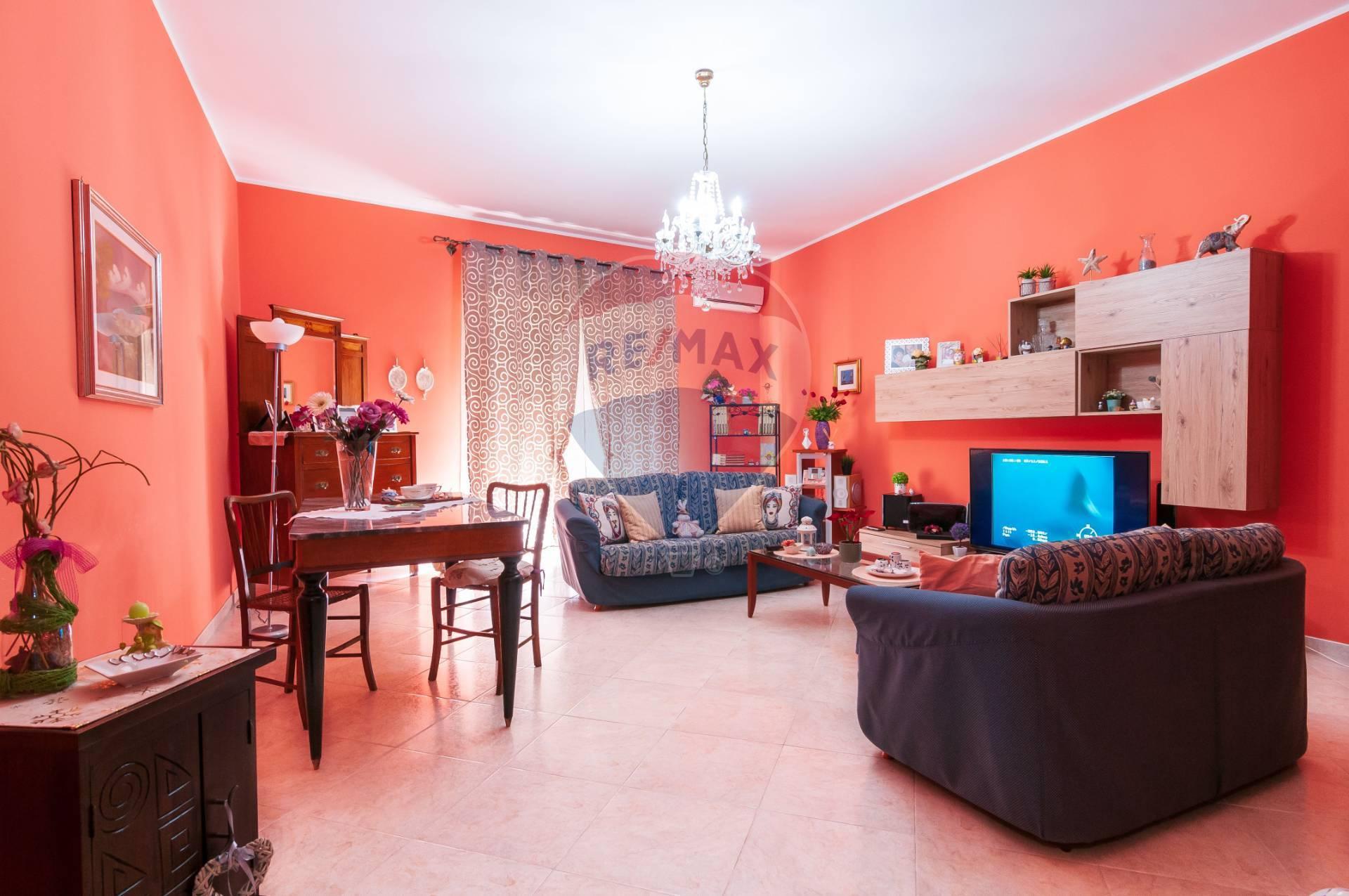 Appartamento in vendita a Floridia, 5 locali, prezzo € 89.000 | CambioCasa.it