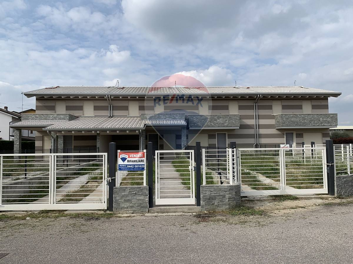 Villa Bifamiliare in vendita a Melara, 4 locali, prezzo € 215.000 | CambioCasa.it