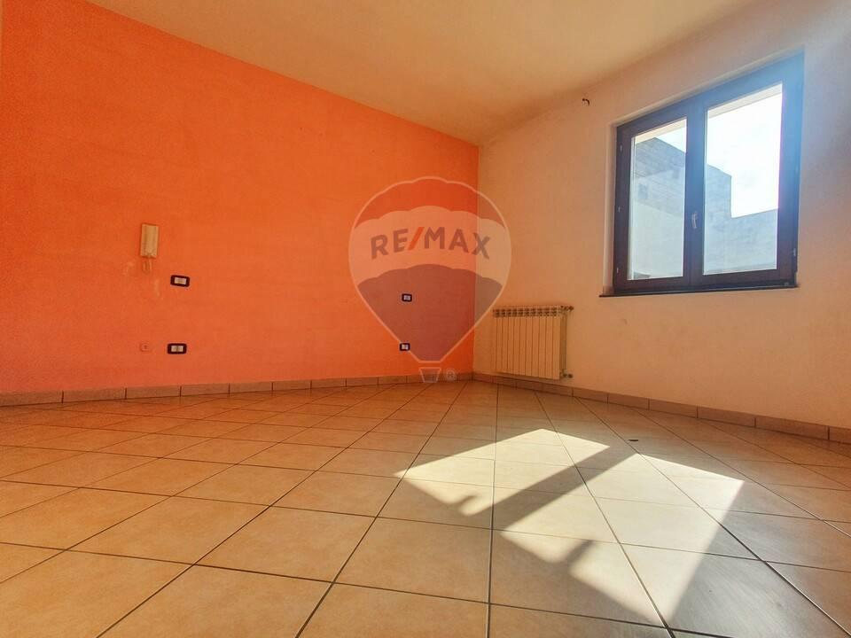 Appartamento in vendita a San Marcellino, 3 locali, prezzo € 115.000 | CambioCasa.it