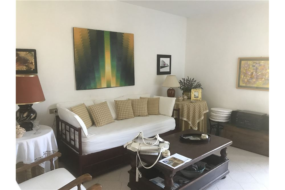 Appartamento in affitto a Orbetello, 4 locali, prezzo € 3.000 | CambioCasa.it