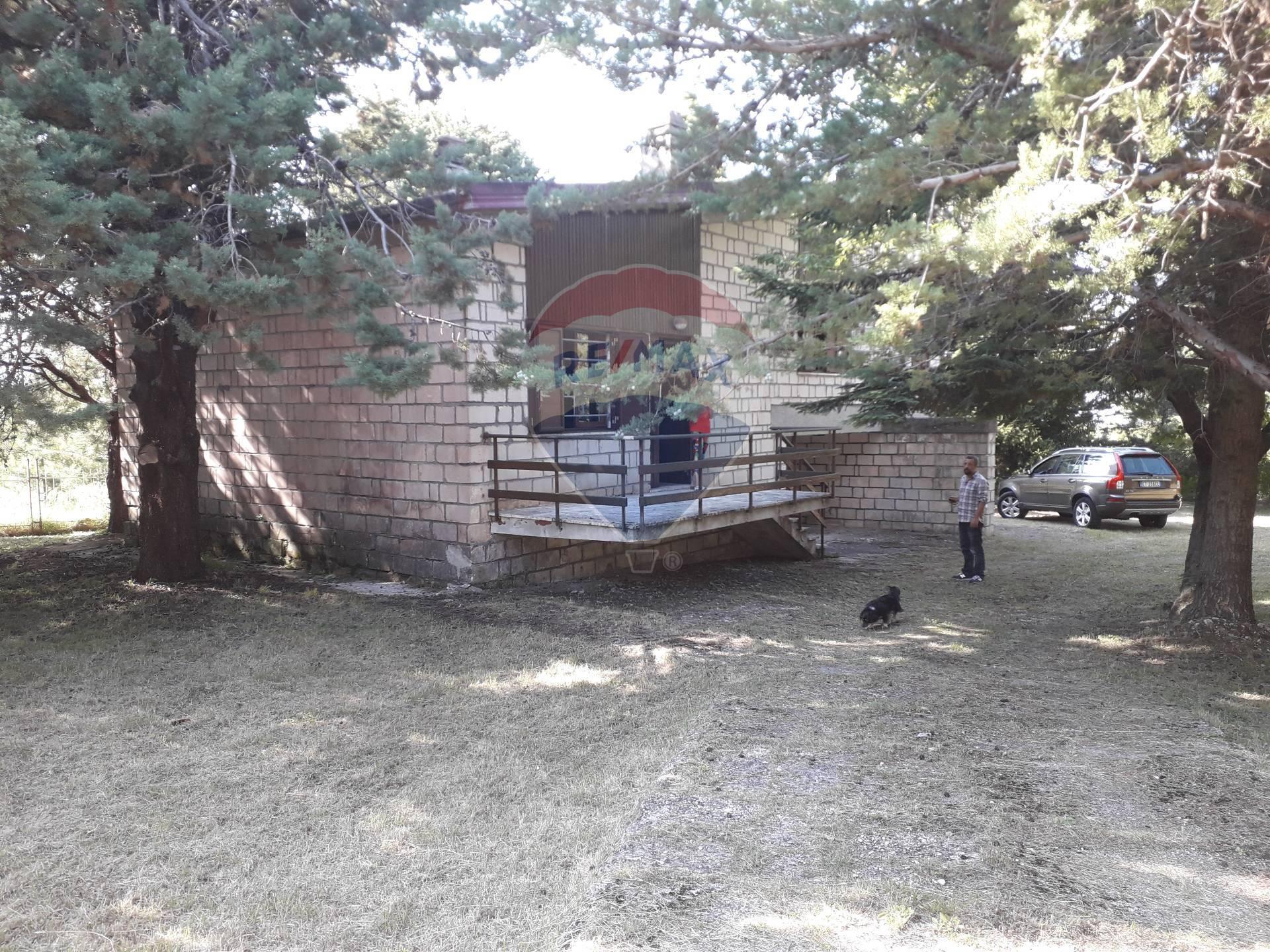 Villa in vendita a Pretoro, 7 locali, prezzo € 235.000 | CambioCasa.it