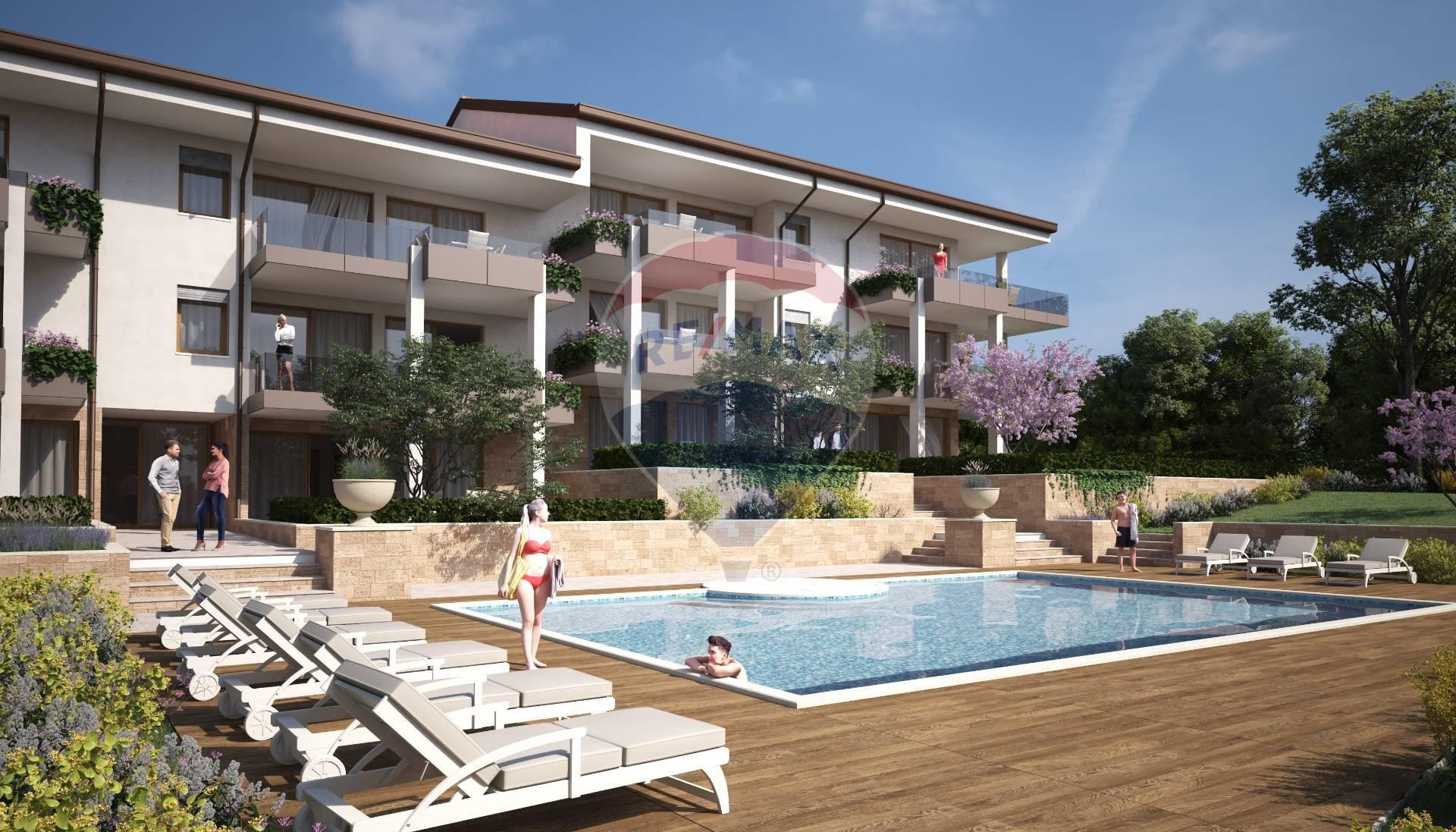 Attico / Mansarda in vendita a Desenzano del Garda, 4 locali, prezzo € 950.000 | PortaleAgenzieImmobiliari.it
