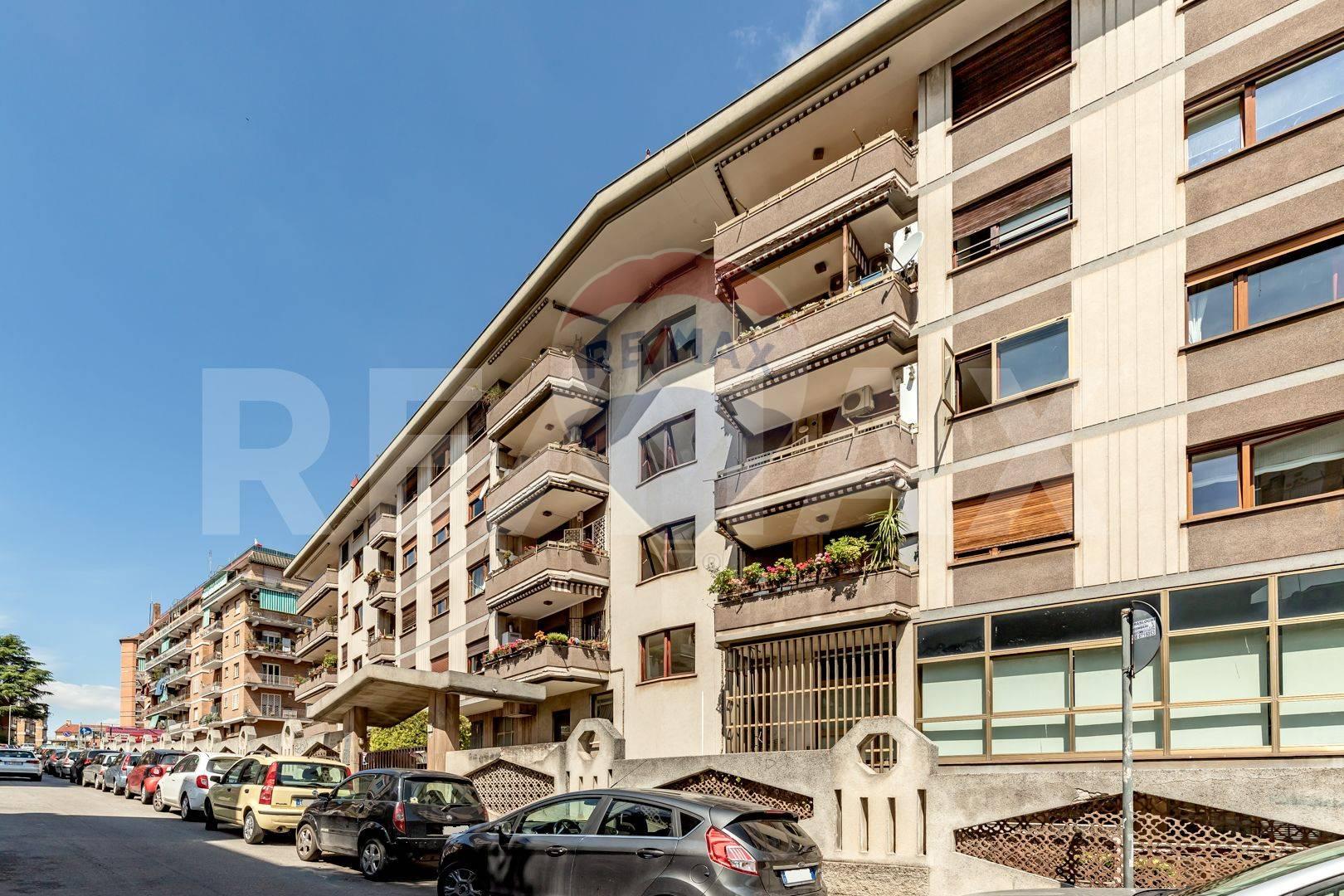 Appartamento in vendita a Roma, 2 locali, zona Zona: 5 . Montesacro - Talenti, prezzo € 219.000   CambioCasa.it