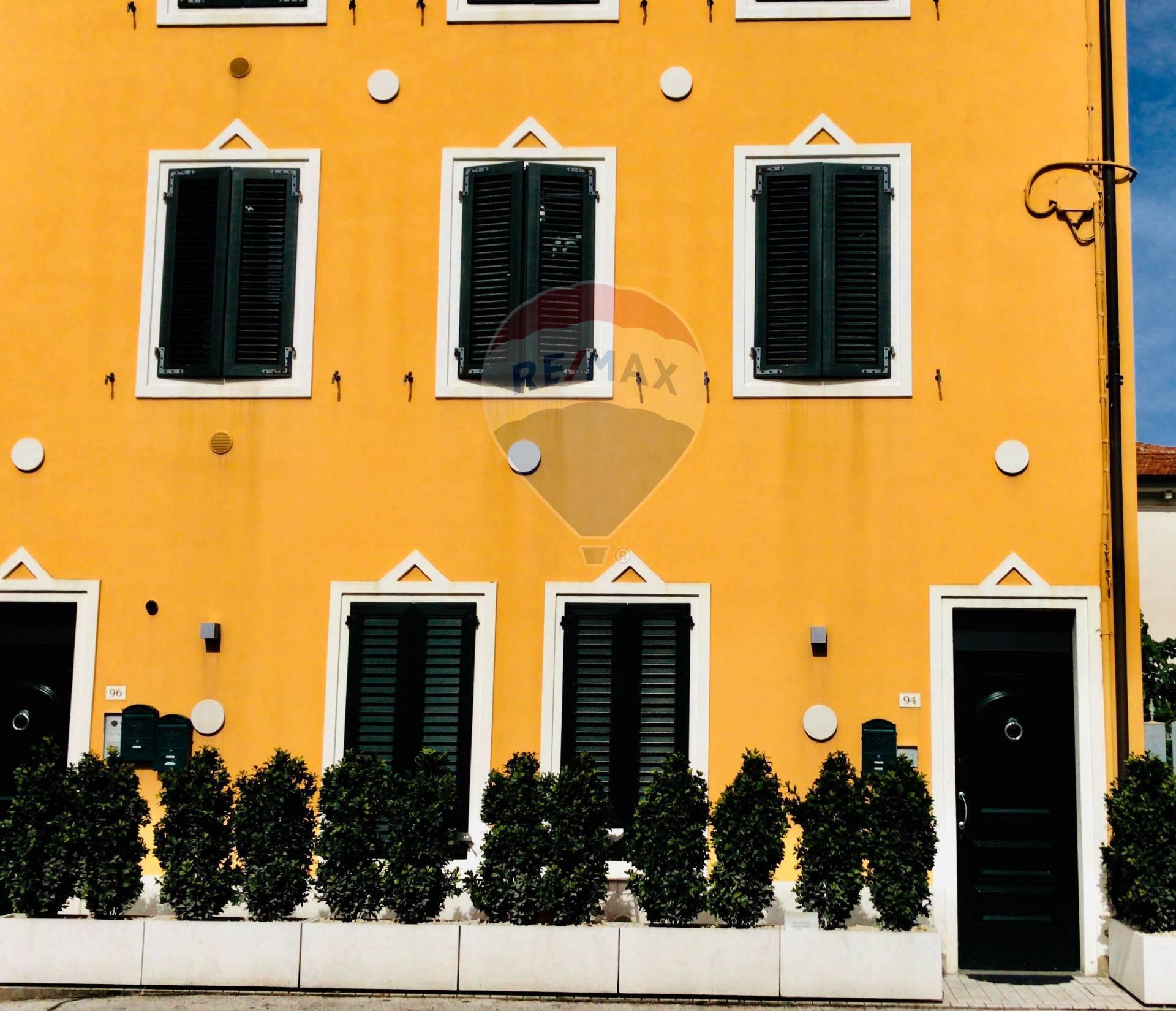 Appartamento in affitto a Potenza Picena, 2 locali, zona Località: PortoPotenzaPicena, prezzo € 500 | CambioCasa.it