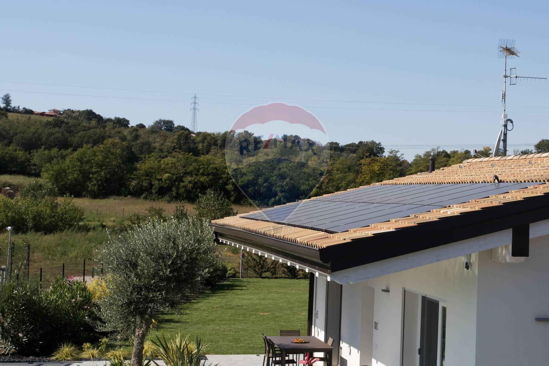 Villa in vendita a Lonato, 4 locali, prezzo € 419.000   CambioCasa.it