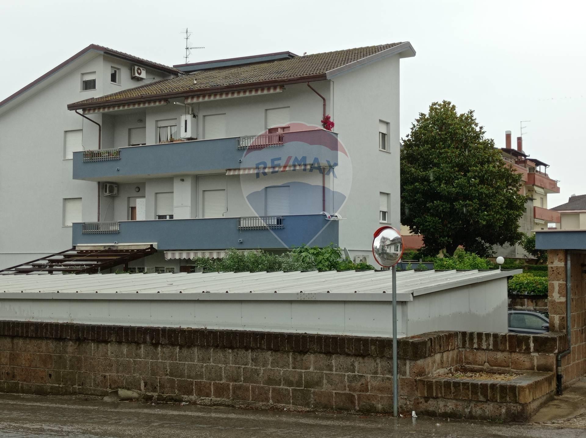 Appartamento in vendita a Francavilla al Mare, 6 locali, zona Località: EspansioneNord, prezzo € 159.000   CambioCasa.it