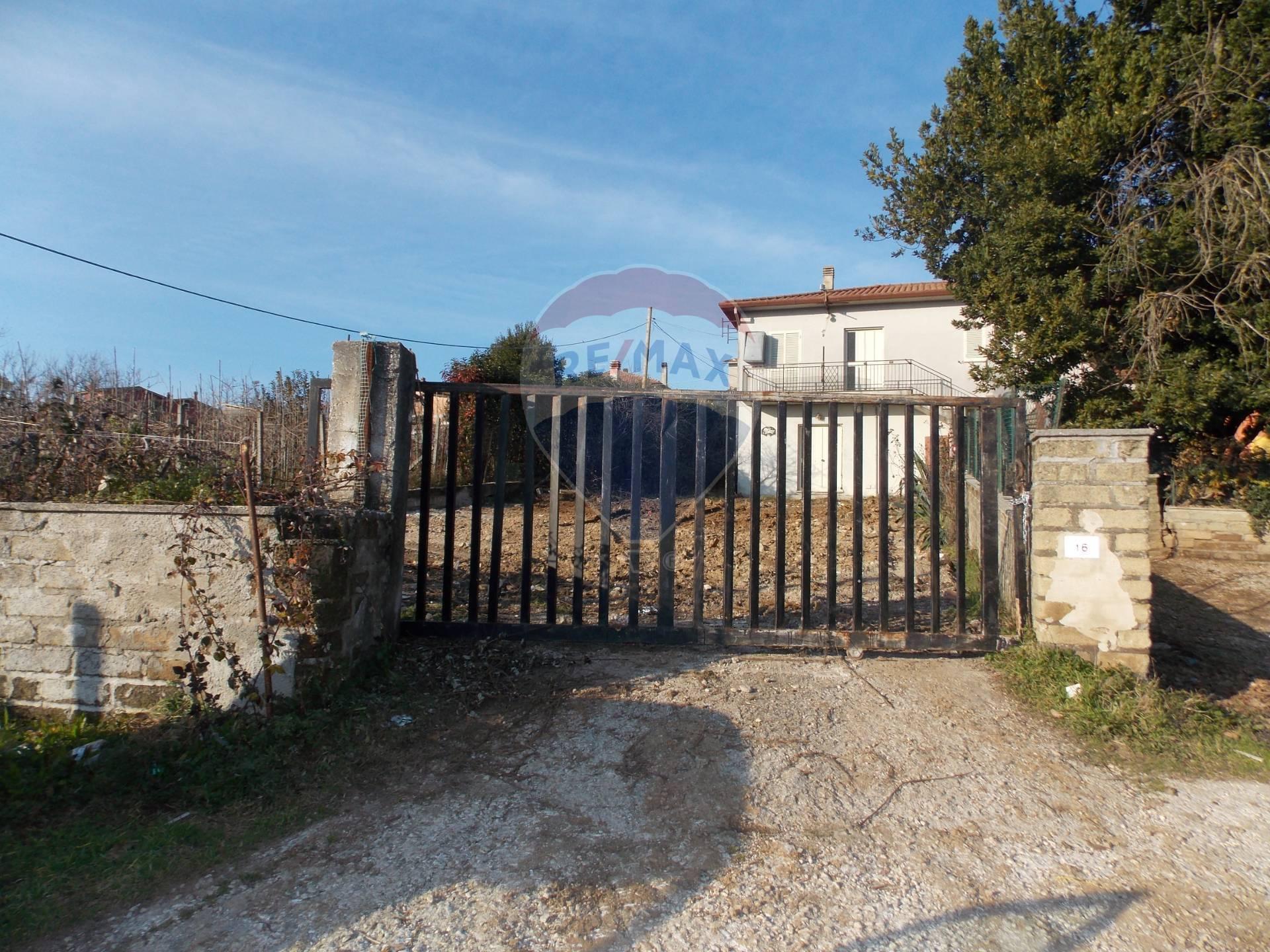 Appartamento in vendita a Artena, 3 locali, prezzo € 60.000 | CambioCasa.it
