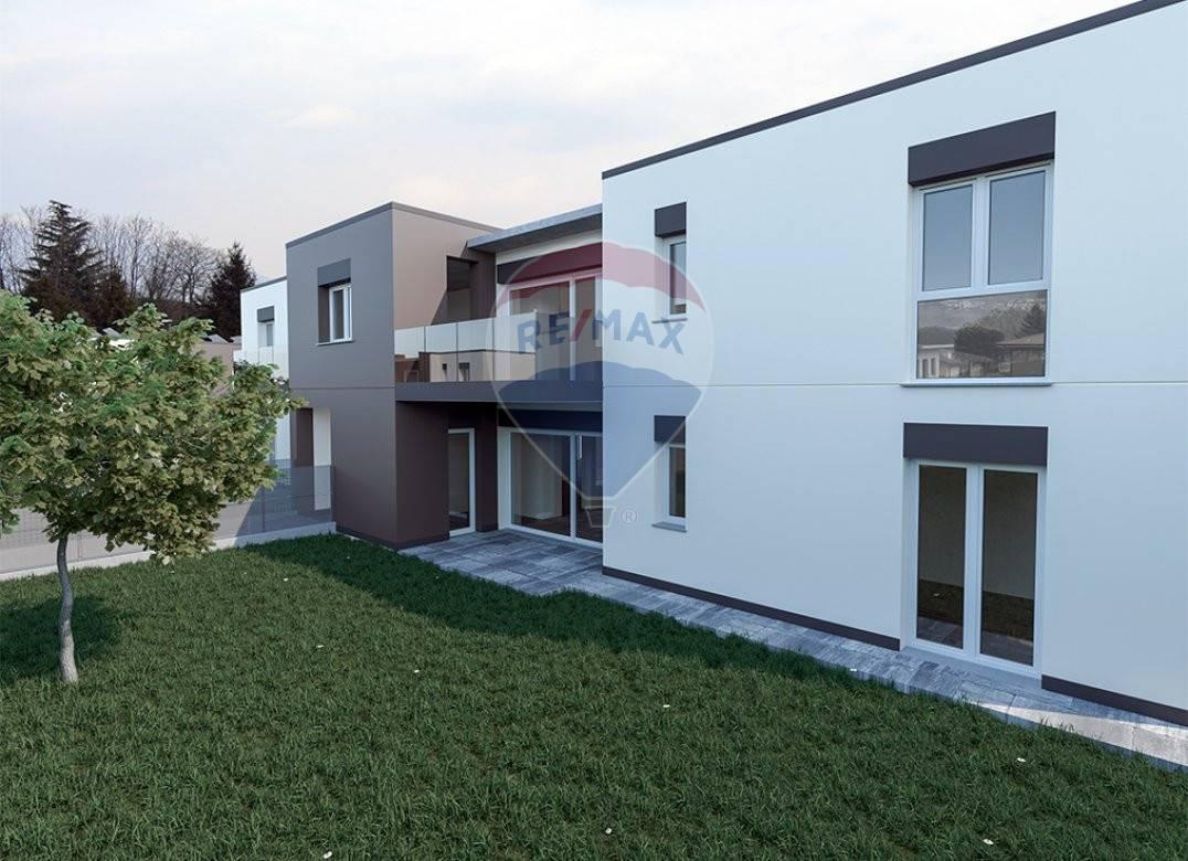 Vendita 5 Locali Appartamento Alserio 277362