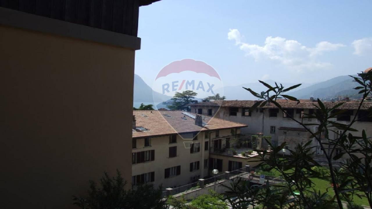 Appartamento in vendita a Lovere, 8 locali, prezzo € 290.000 | CambioCasa.it