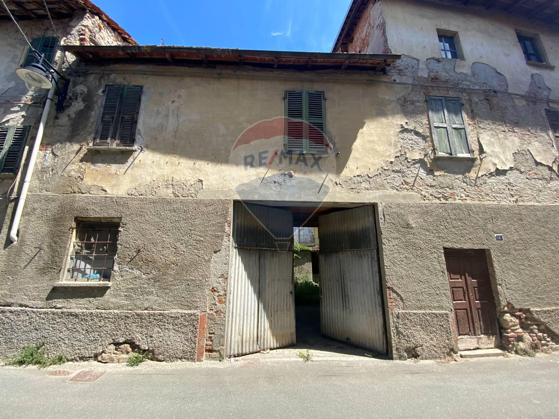 Rustico / Casale in vendita a Rivalta Bormida, 7 locali, prezzo € 62.000   CambioCasa.it