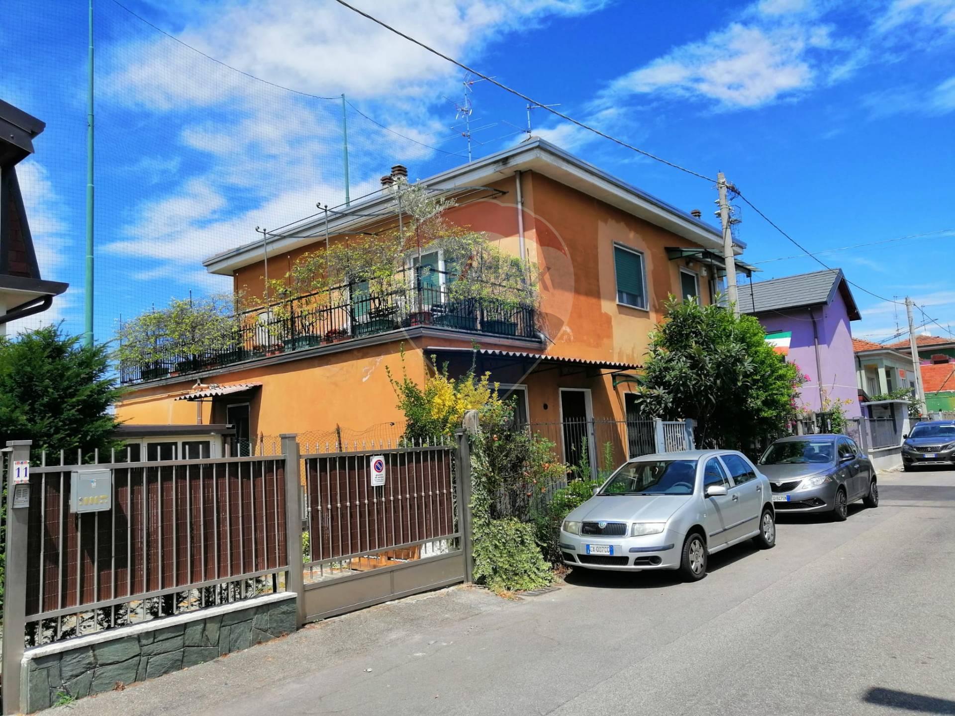 Appartamento in vendita a Lainate, 2 locali, prezzo € 125.000 | CambioCasa.it