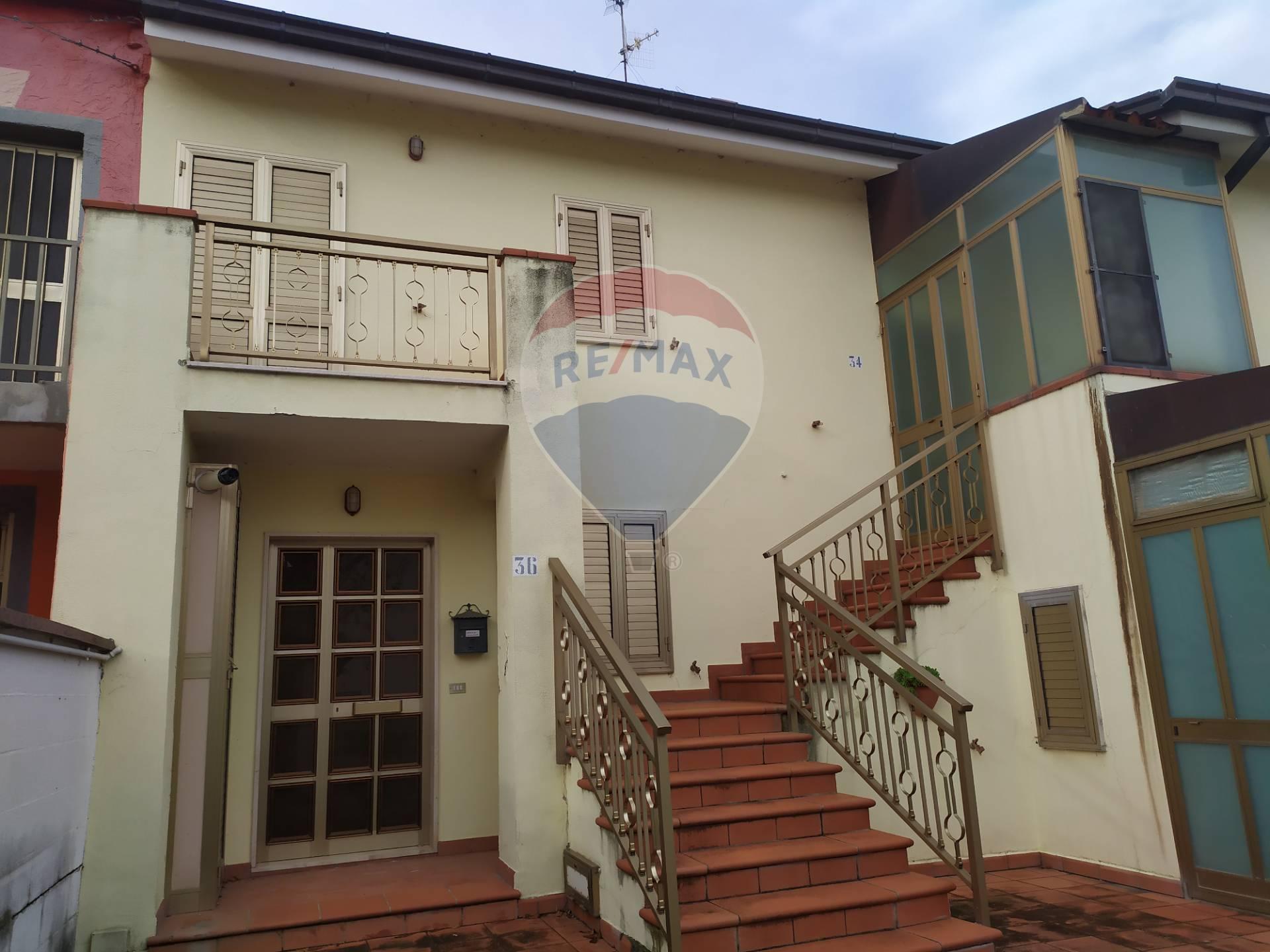 Altro in vendita a Alanno, 3 locali, zona Zona: Prati, prezzo € 27.000 | CambioCasa.it