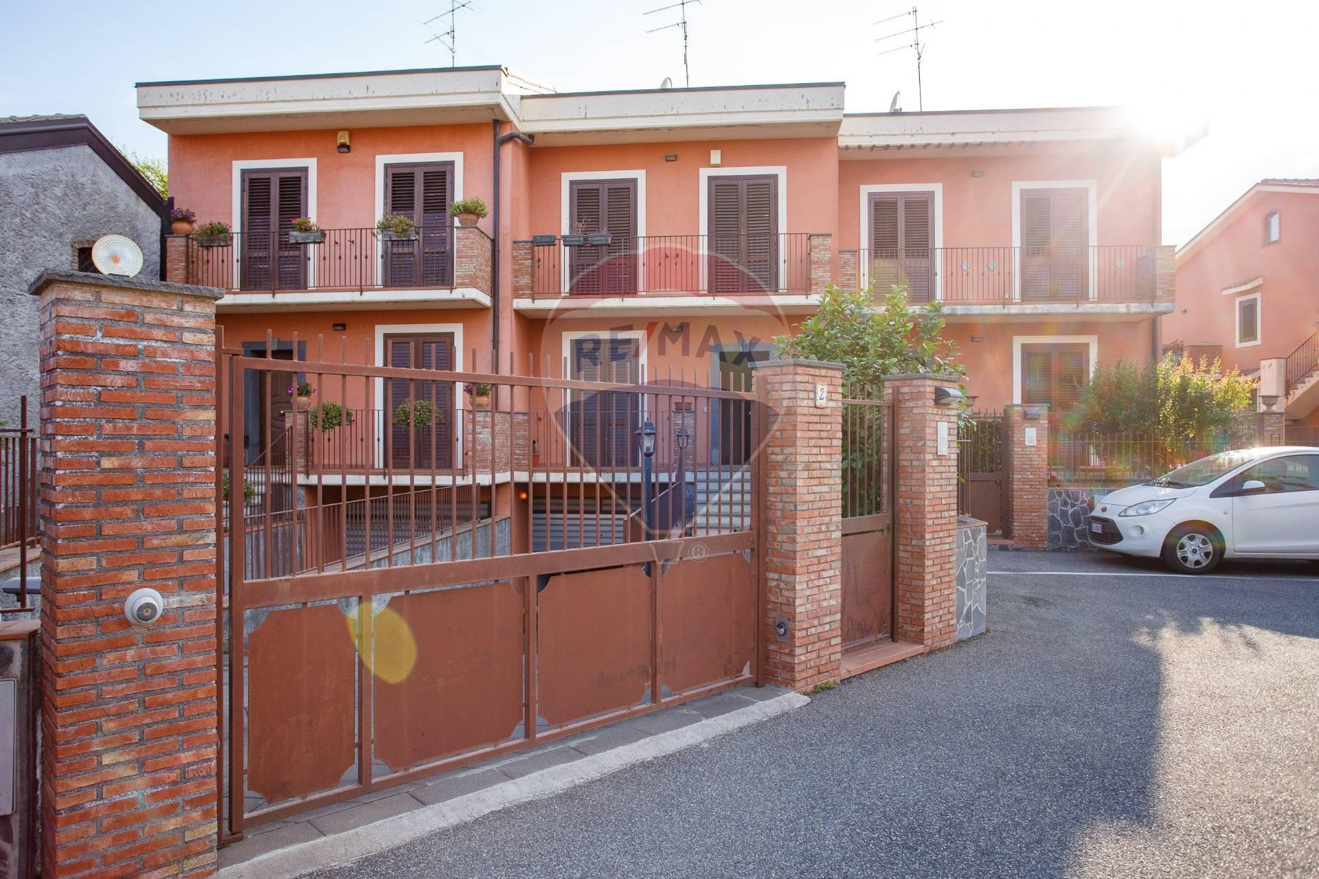 Villa a Schiera in vendita a San Gregorio di Catania, 6 locali, prezzo € 295.000   CambioCasa.it