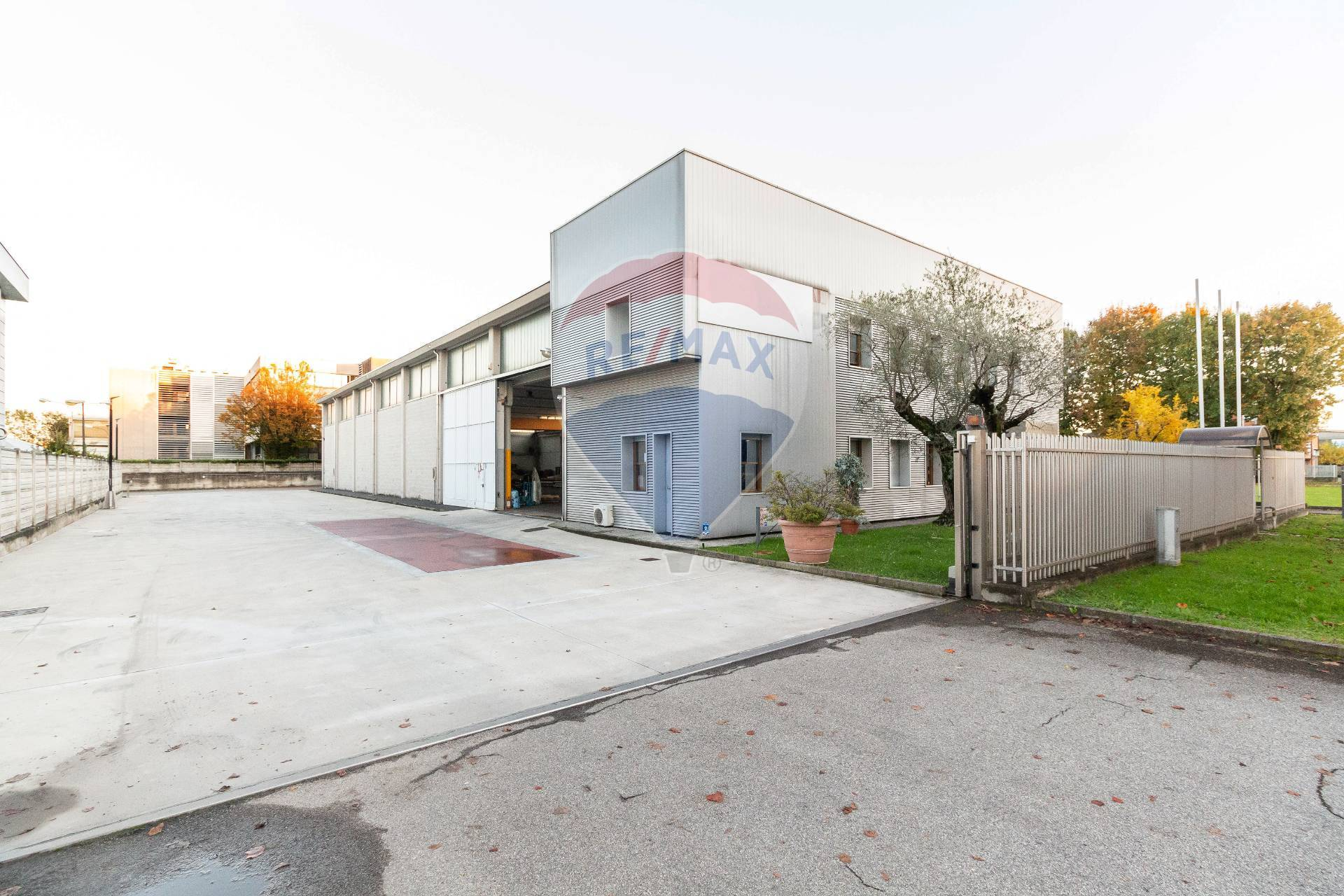 Vendita Capannone Commerciale/Industriale Cernusco sul Naviglio 283994