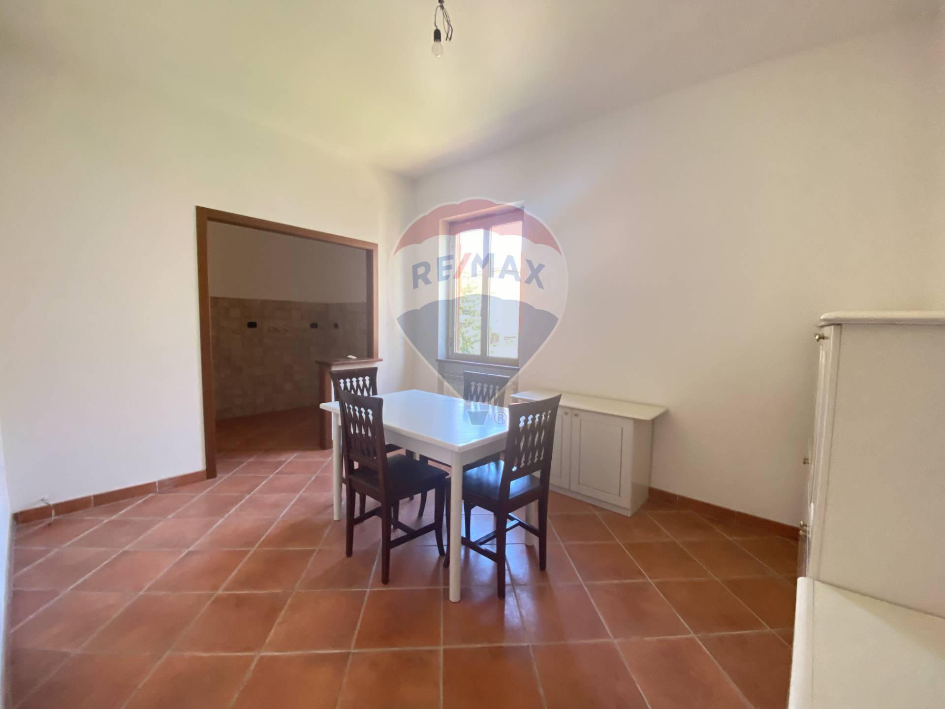 Appartamento in affitto a Cengio, 4 locali, prezzo € 350 | CambioCasa.it