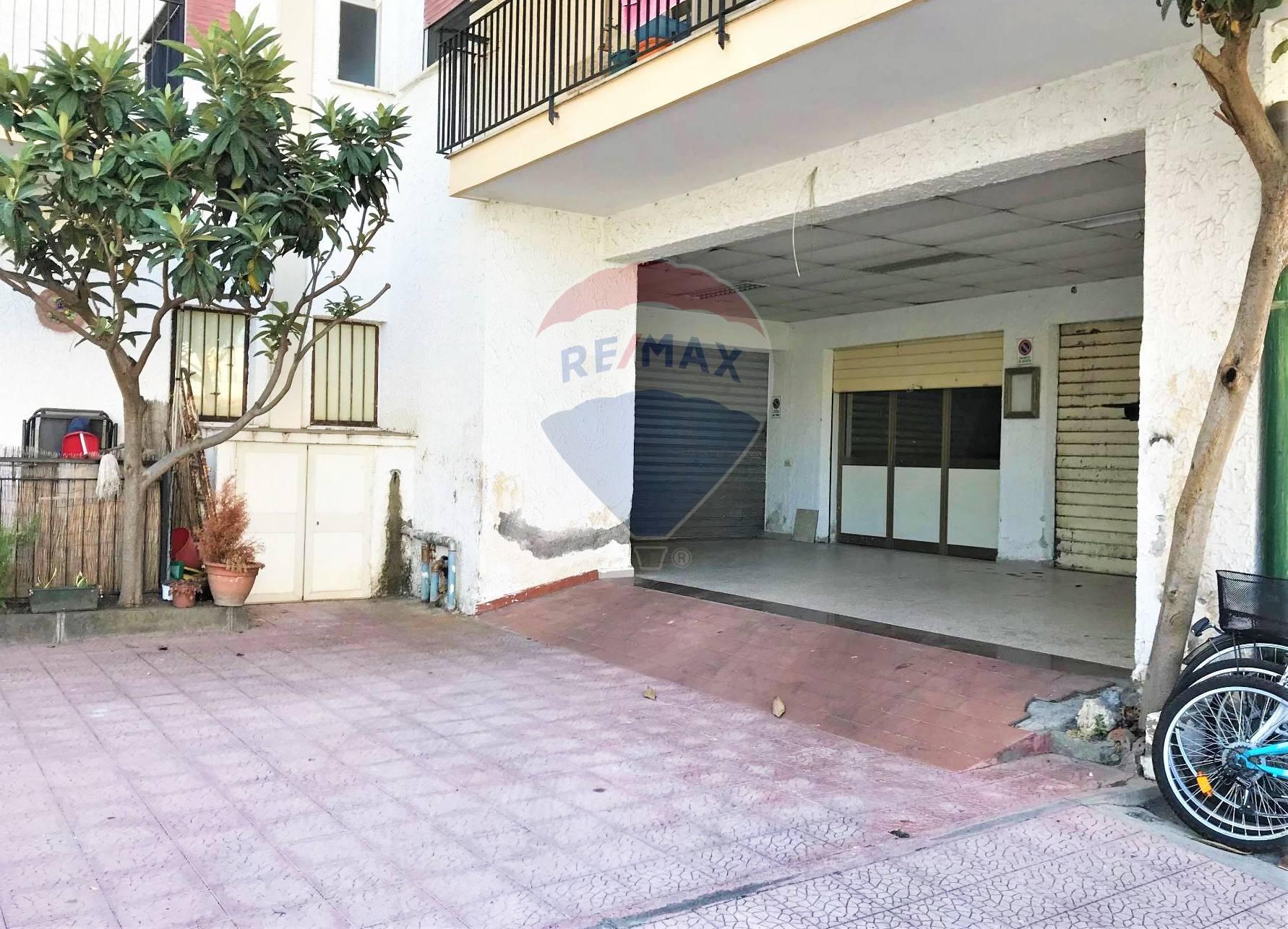 Box / Garage in vendita a Giardini-Naxos, 1 locali, zona Località: Recanati, prezzo € 55.000 | CambioCasa.it