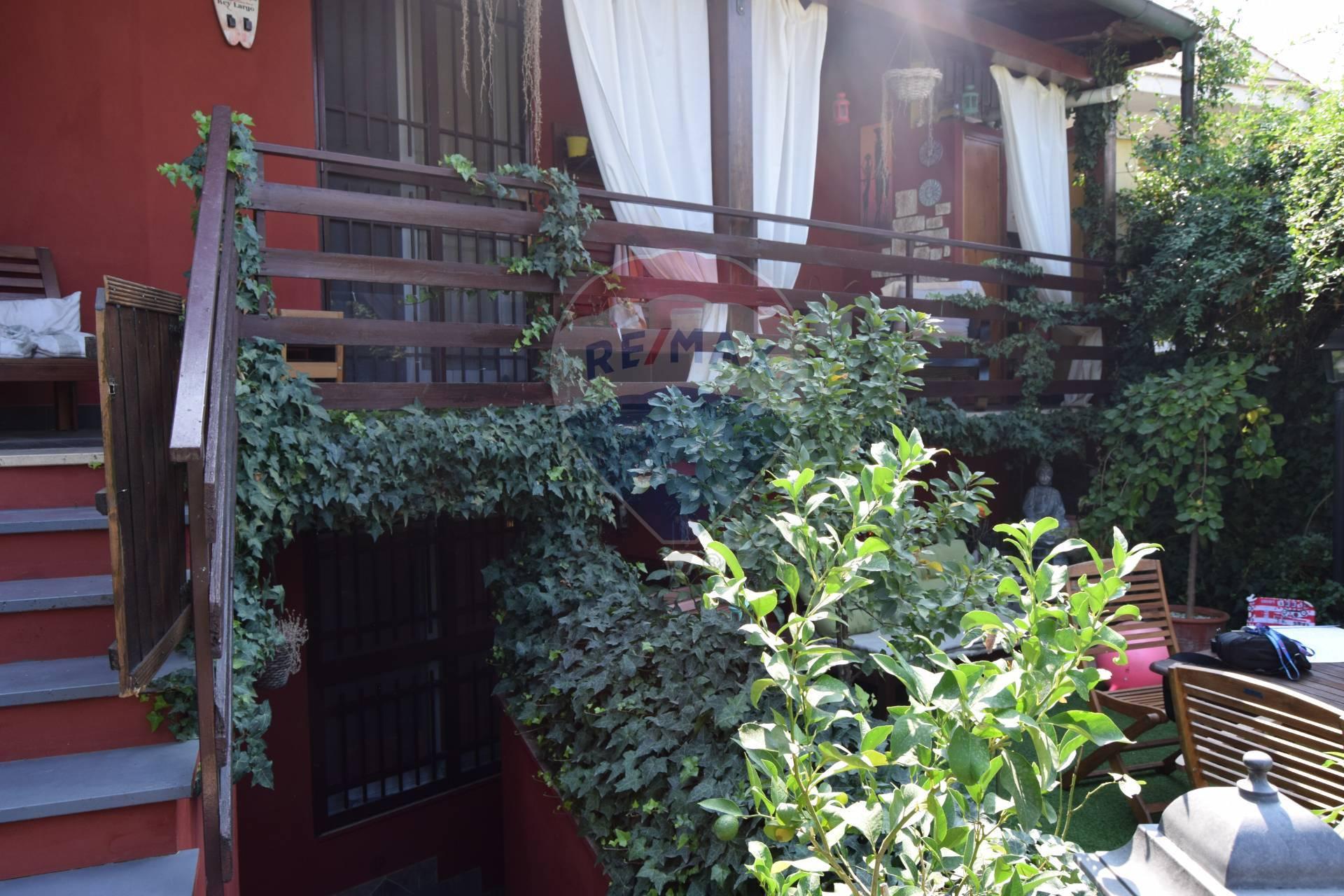 Villa Bifamiliare in vendita a Roma, 5 locali, zona Località: Spregamore, prezzo € 139.000 | CambioCasa.it