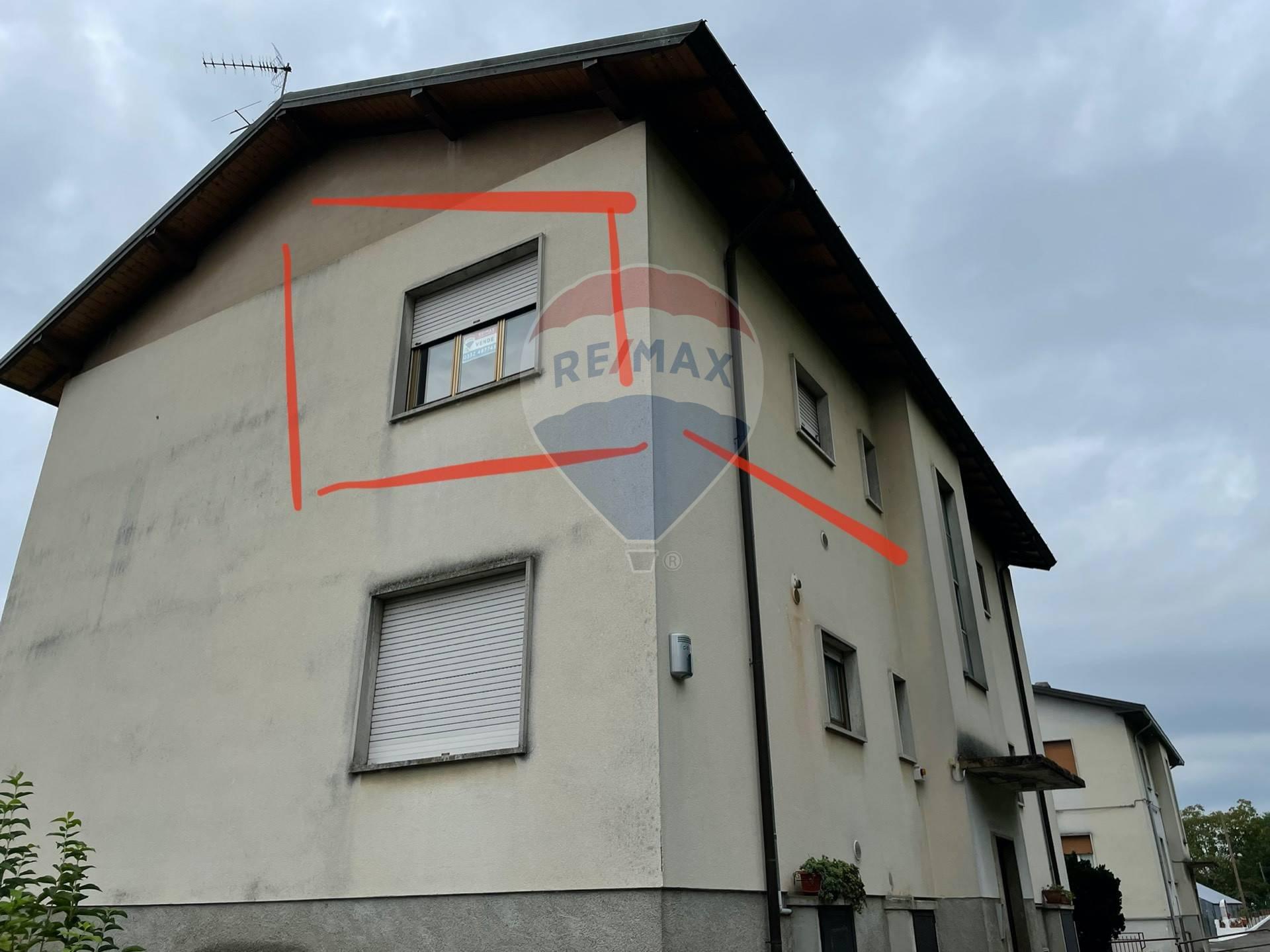 Vendita Trilocale Appartamento Clivio 270686