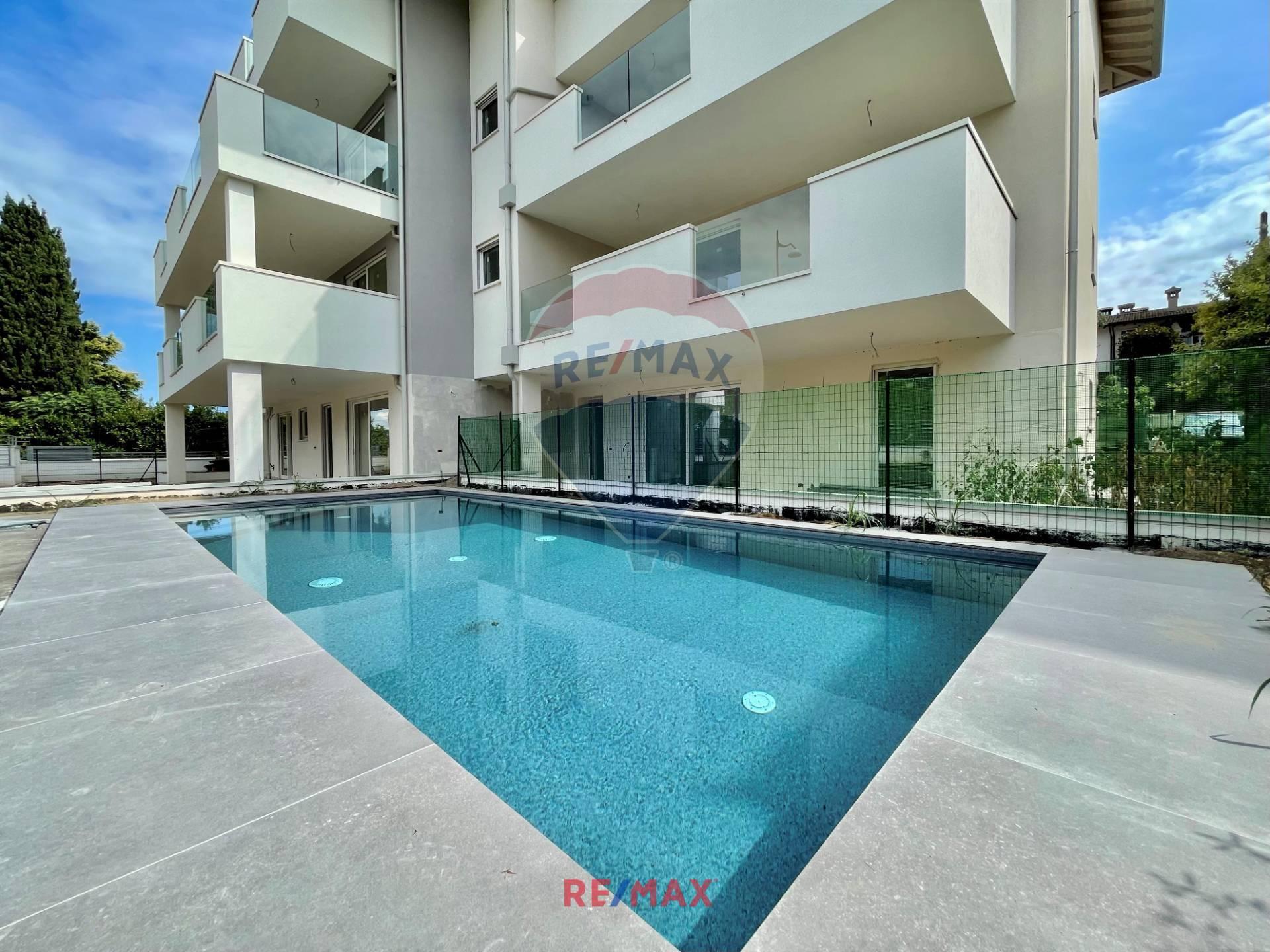 Appartamento in vendita a Desenzano del Garda, 3 locali, zona Località: RivoltelladelGarda, prezzo € 430.000 | PortaleAgenzieImmobiliari.it