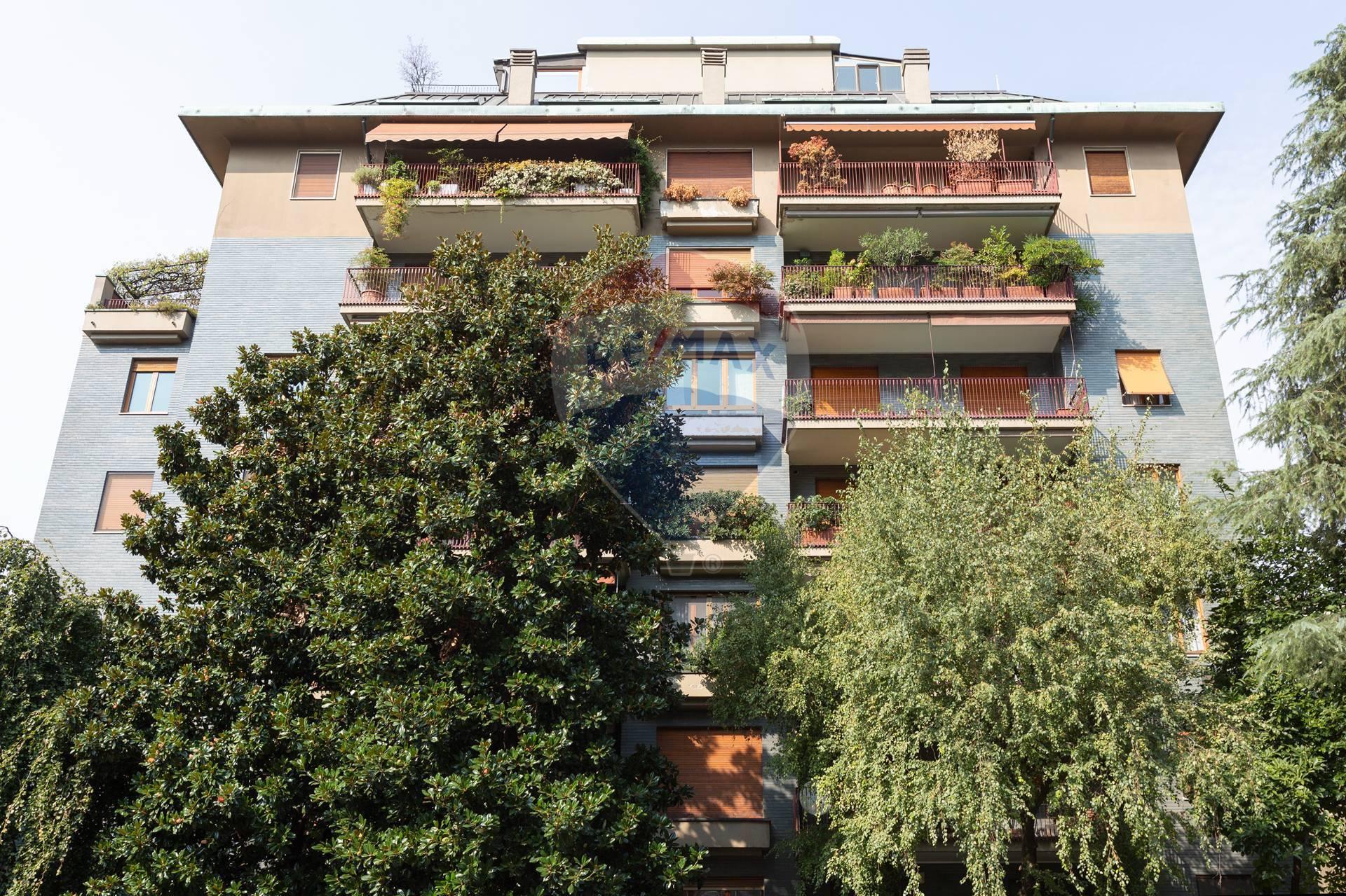 Appartamento in vendita a Milano, 6 locali, zona De Angeli, Vercelli, Washington, Sicilia, S. Michele del Carso, prezzo € 1.690.000 | PortaleAgenzieImmobiliari.it