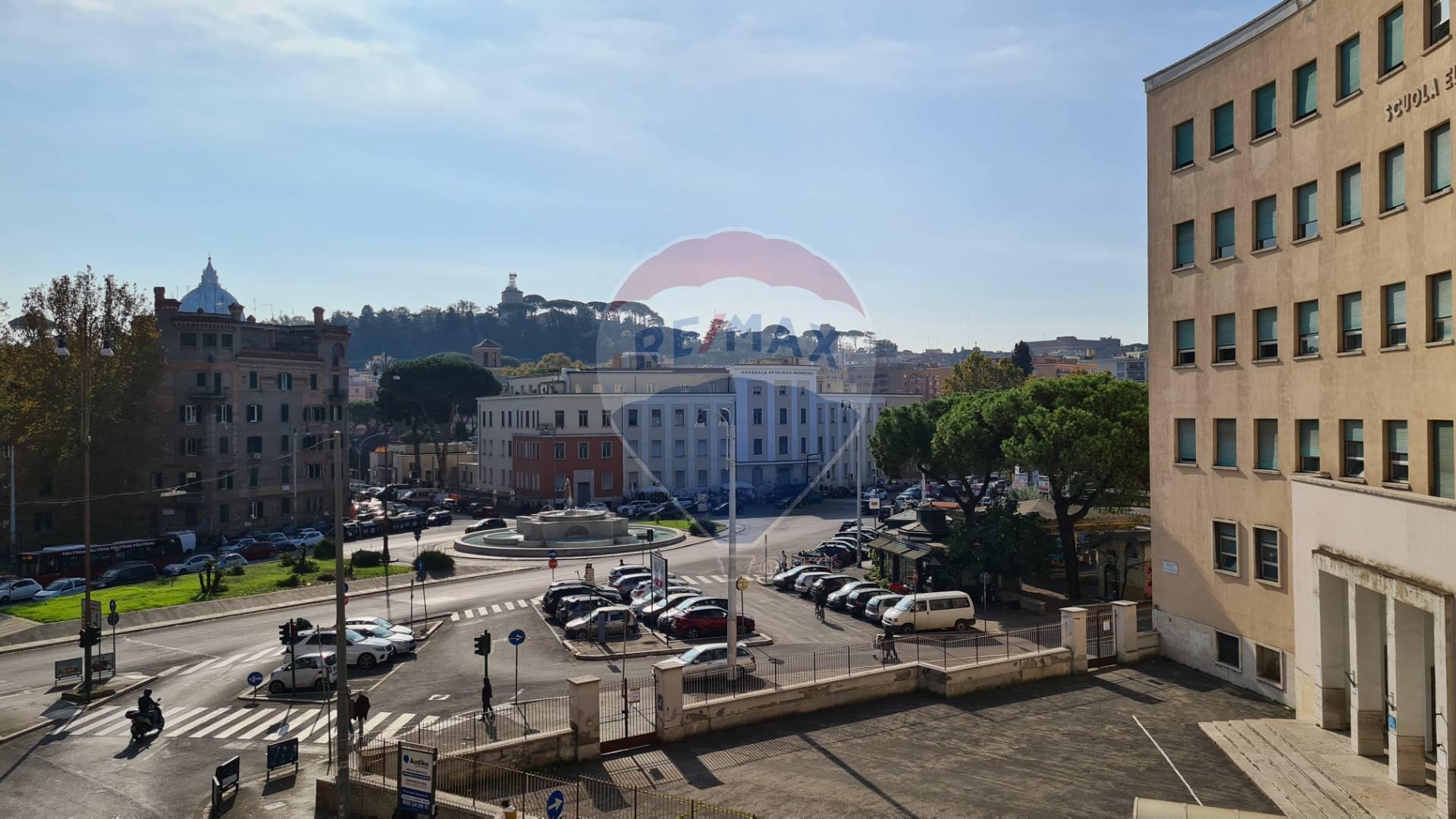 Appartamento in vendita a Roma, 6 locali, zona Zona: 30 . Prati, Borgo, San Pietro, prezzo € 690.000 | CambioCasa.it