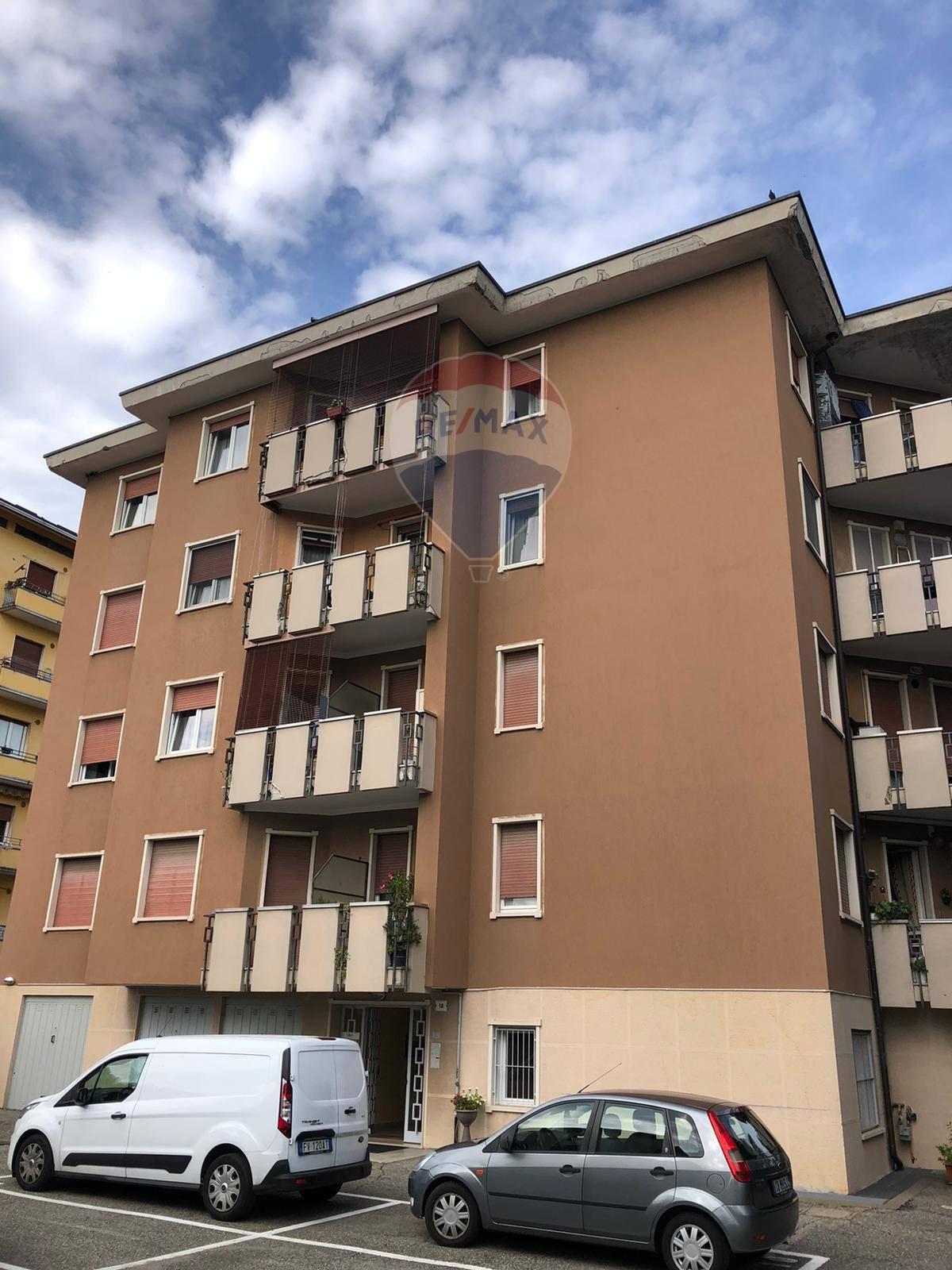 Appartamento in affitto a Varese, 2 locali, zona Località: ZonaBorri/ospedali, prezzo € 700 | CambioCasa.it