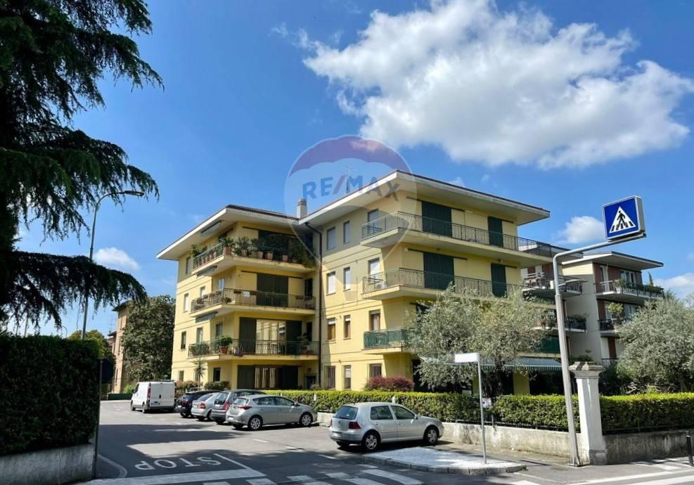 Appartamento in vendita a Desenzano del Garda, 3 locali, zona Località: DesenzanodelGarda, prezzo € 229.000 | PortaleAgenzieImmobiliari.it