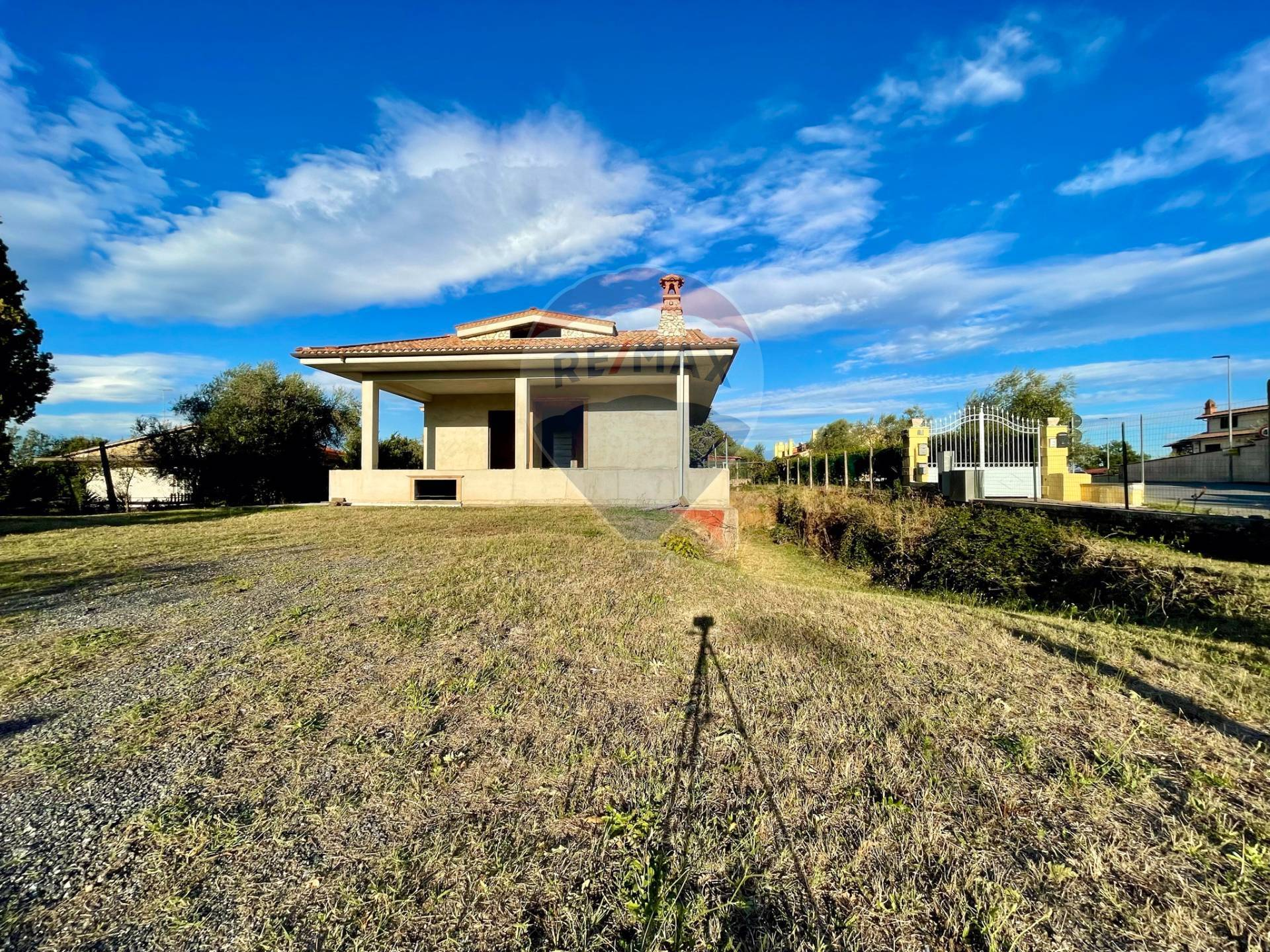 Rustico / Casale in vendita a Riano, 4 locali, prezzo € 305.000 | CambioCasa.it