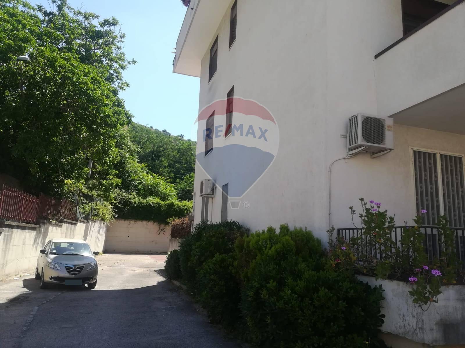 Appartamento in vendita Caserta 2 (Cerasola)-via d'Elena Caserta
