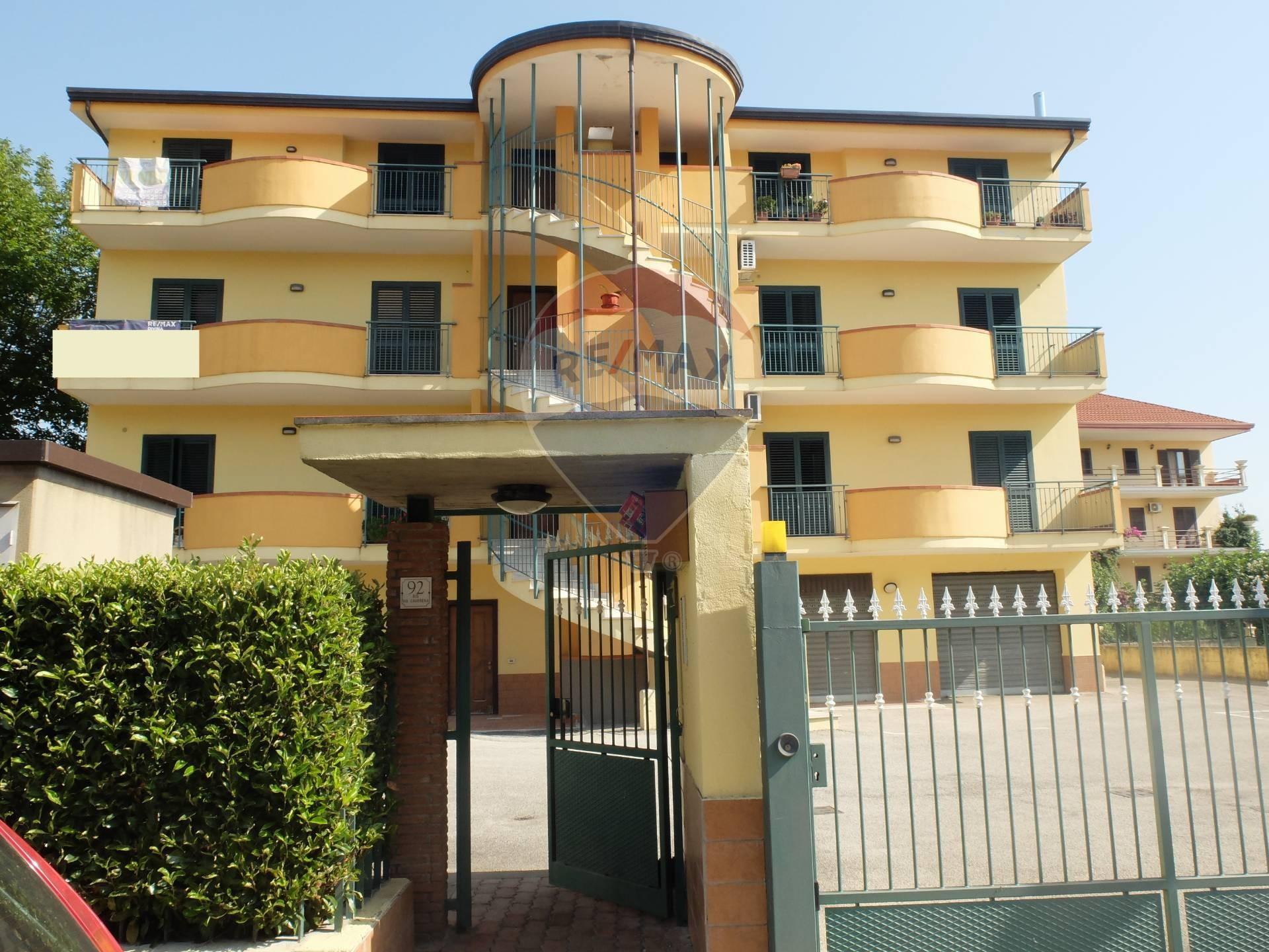 Appartamento in vendita a Amorosi, 3 locali, prezzo € 98.000 | CambioCasa.it